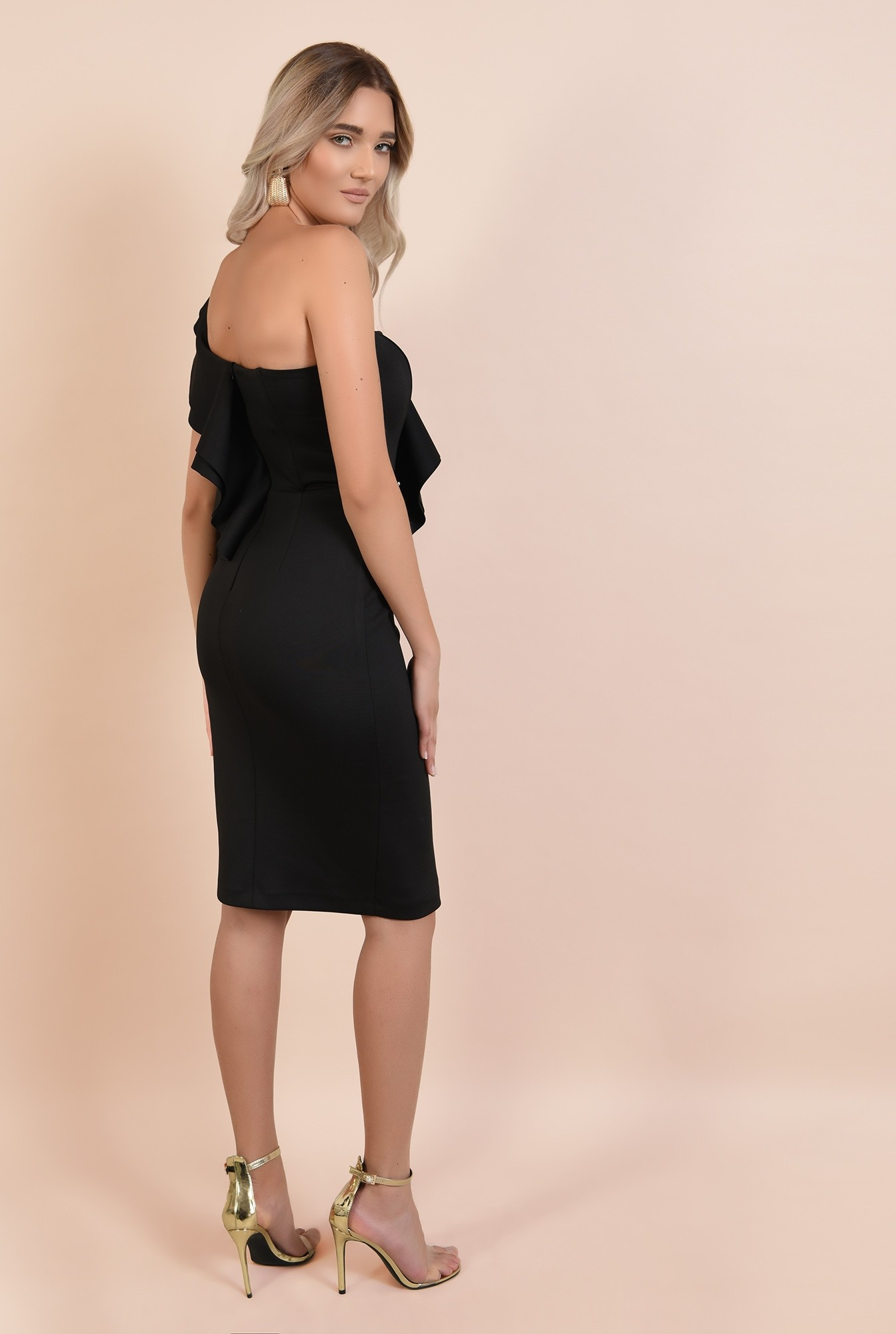 1 - rochie eleganta, neagra, midi, croi conic, decolteu cu umar gol si volan, Poema