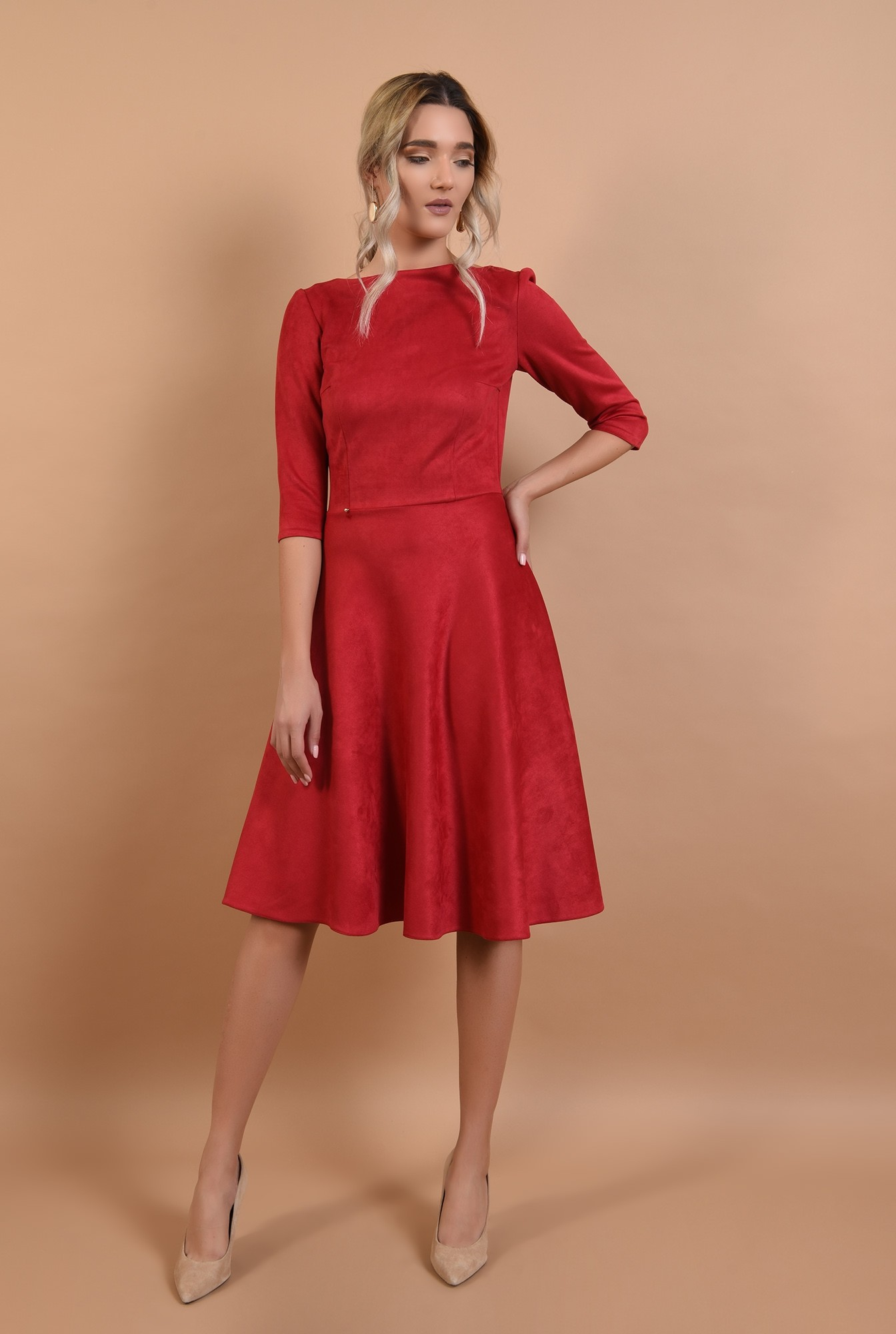 0 - rochie rosie, din piele intoarsa, maneci midi, nasturi aurii la spate, Poema