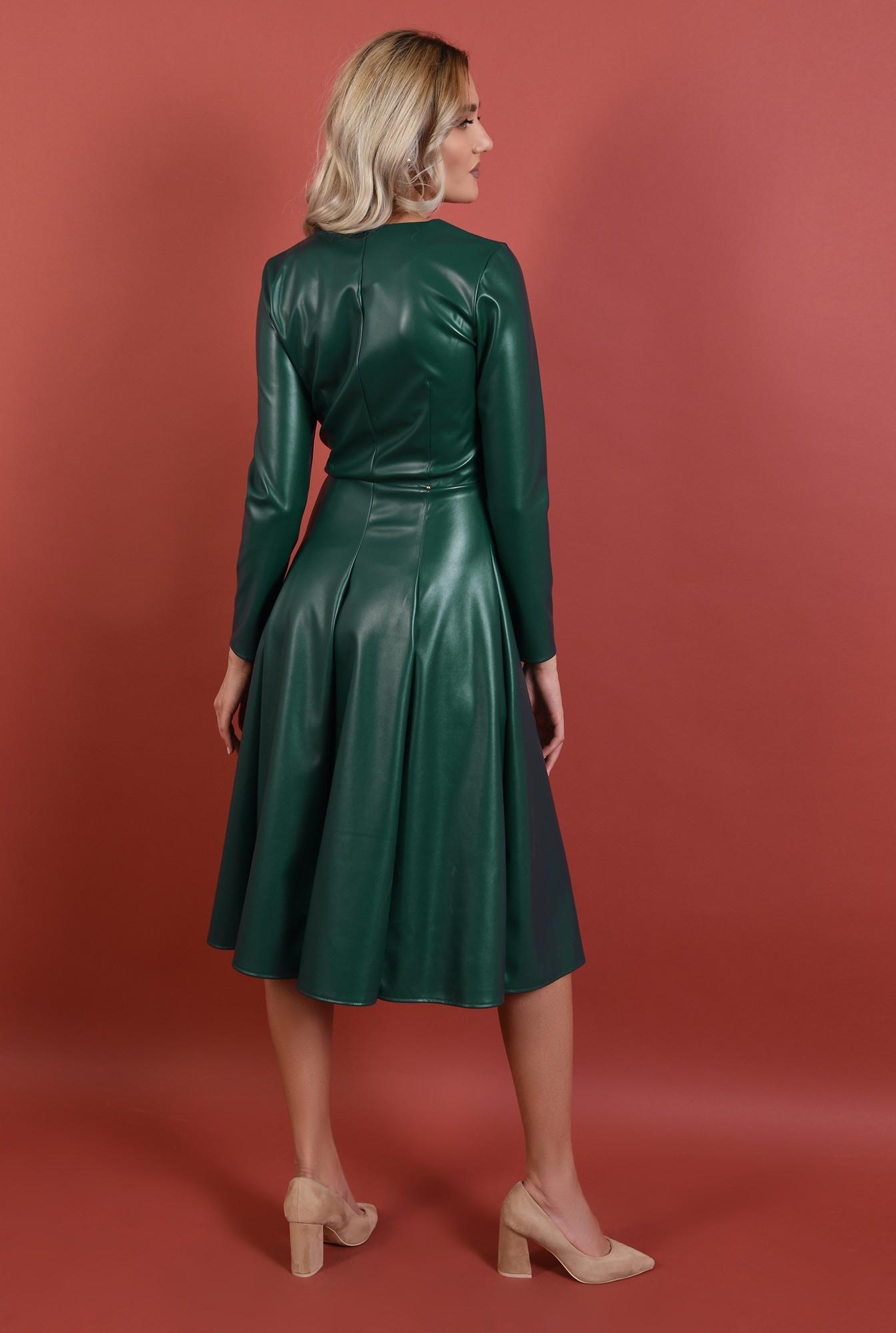 1 - rochie verde, piele, nasturi auii, decolteu anchior