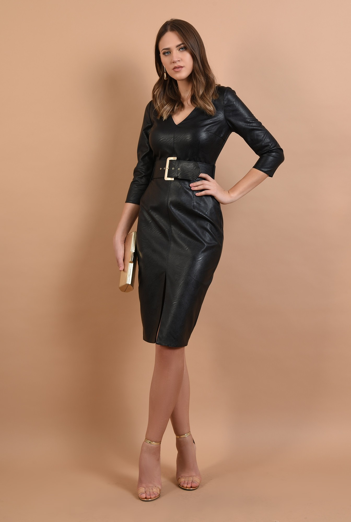 3 - rochie neagra, cambrata, cu centura, anchior, maneci ajustate