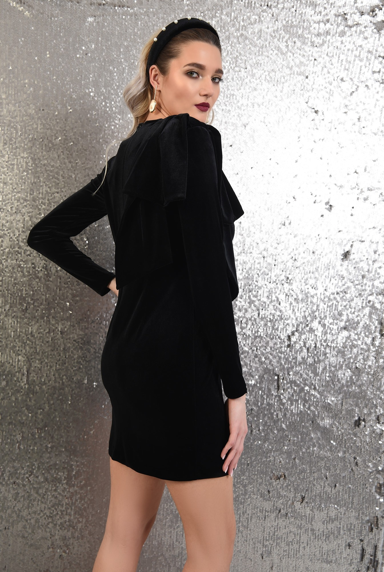 1 -  rochie neagra, scurta, eleganta, din catifea, Poema