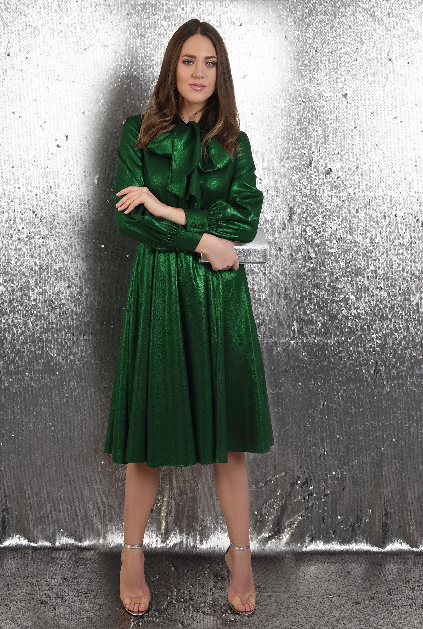 3 - rochie verde, midi, evazata, funda la gat, Poema