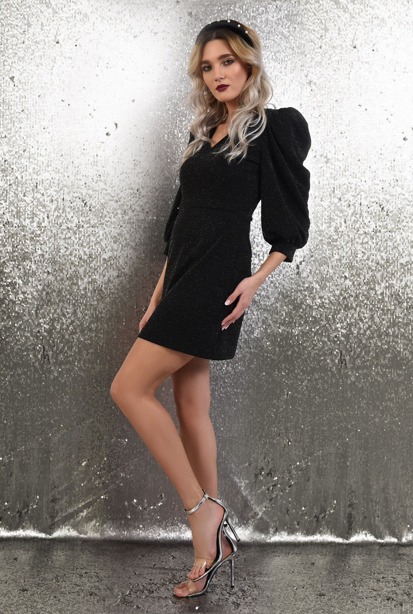 0 - rochie neagra, de ocazie, cu sclipici, anchior, maneci bufante