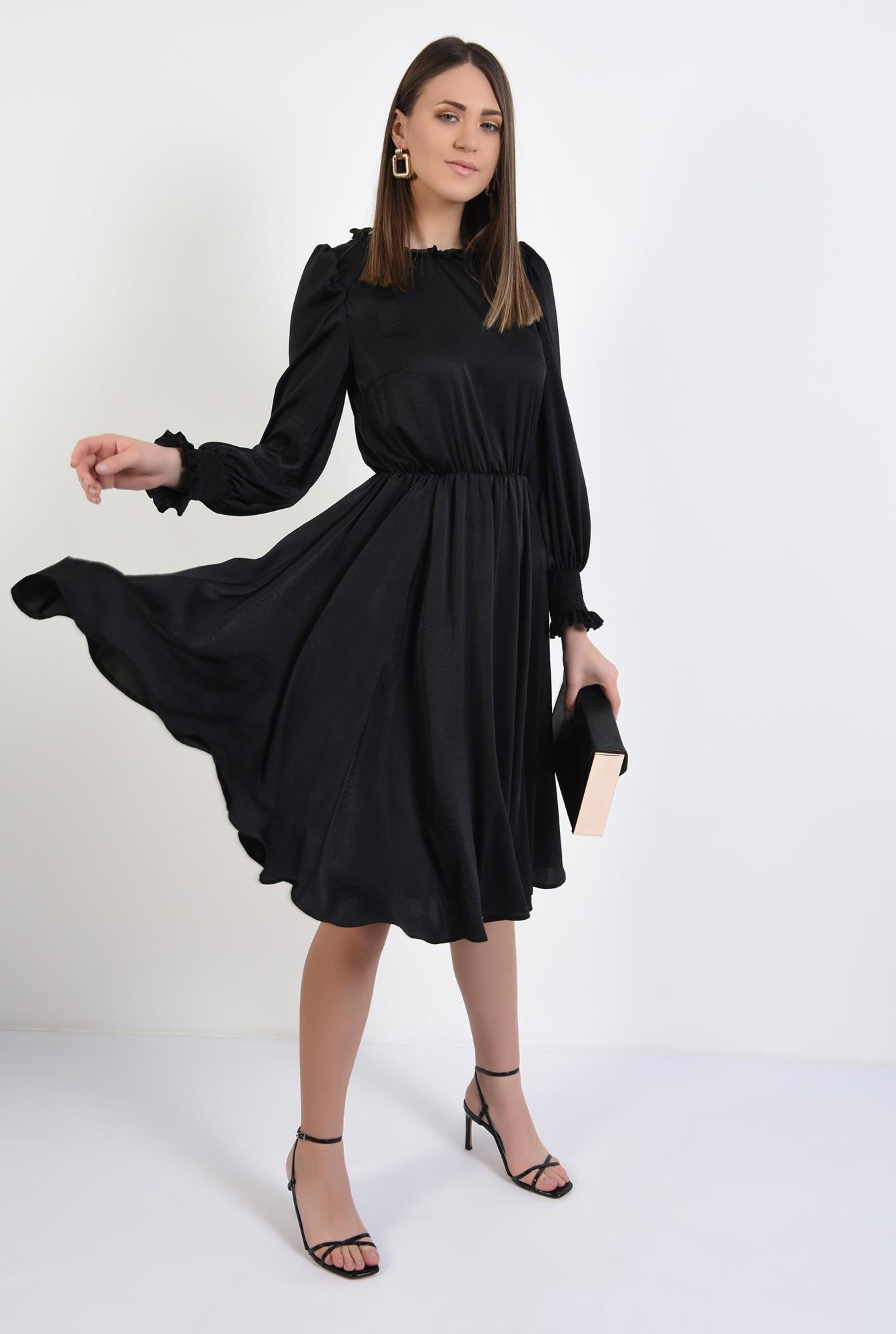 3 - rochie midi, evazata, guler incretit, talie pe elastic, inchidere cu butoniera