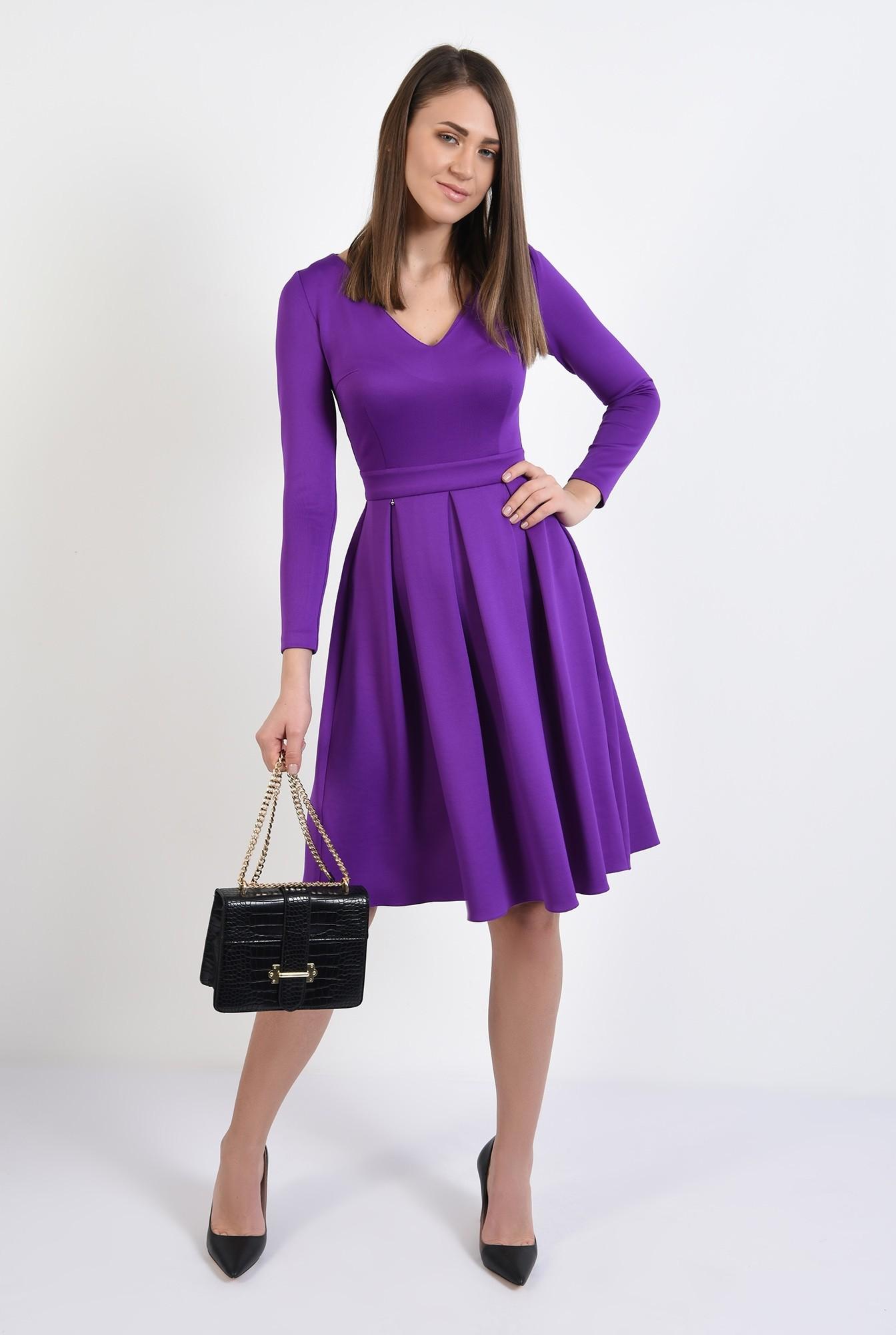 3 - rochie eleganta, evazata, mov, cu pliuri late, maneci stretch