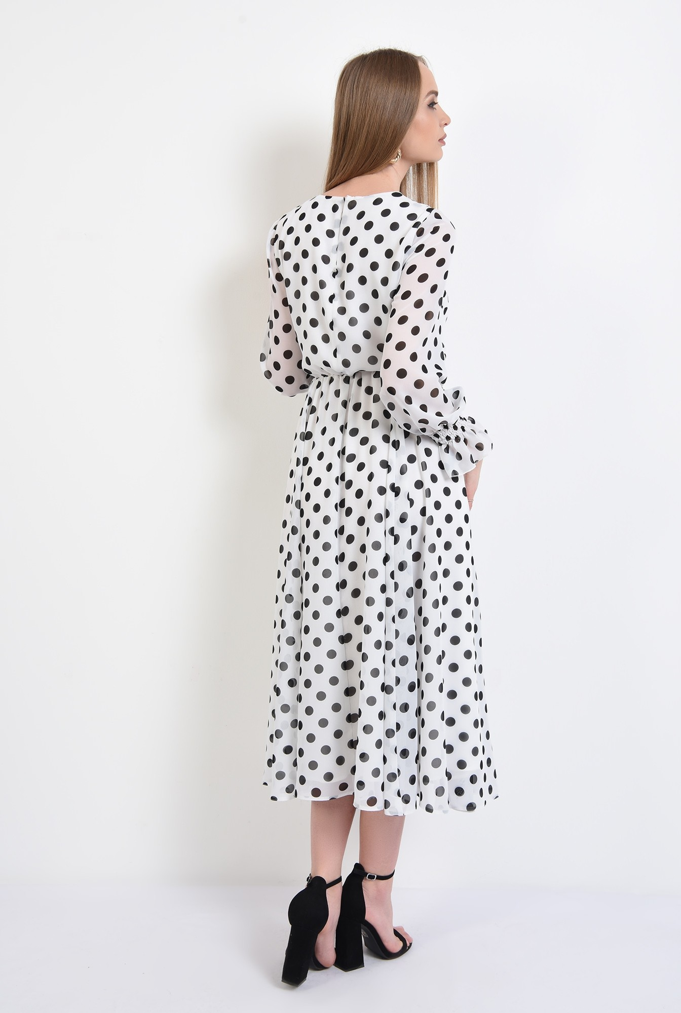 1 - 360 - rochie lunga, clos, cu buline, alb-negru, mansete volan, Poema