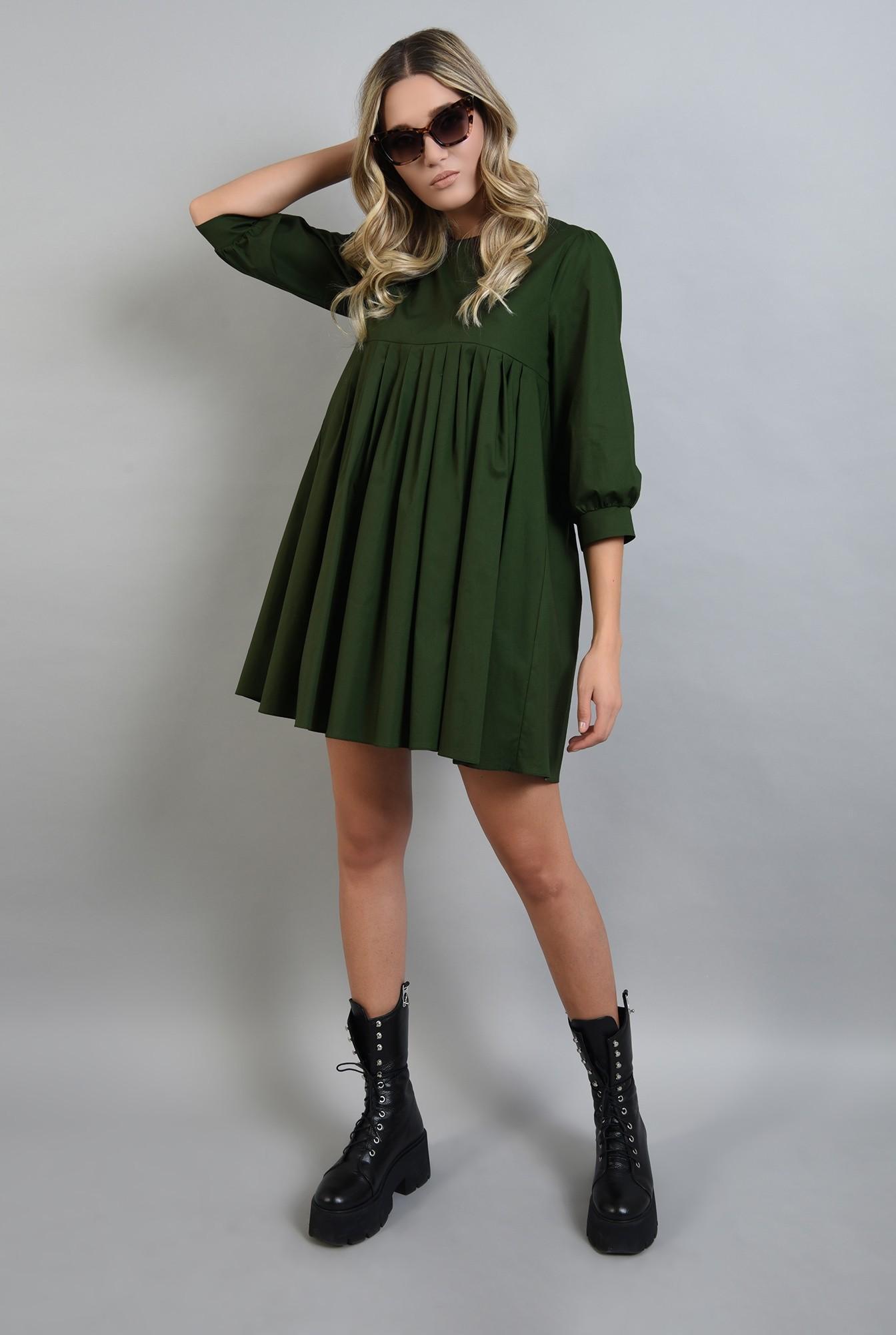 0 - rochie verde scurta, cu pliuri, Poema
