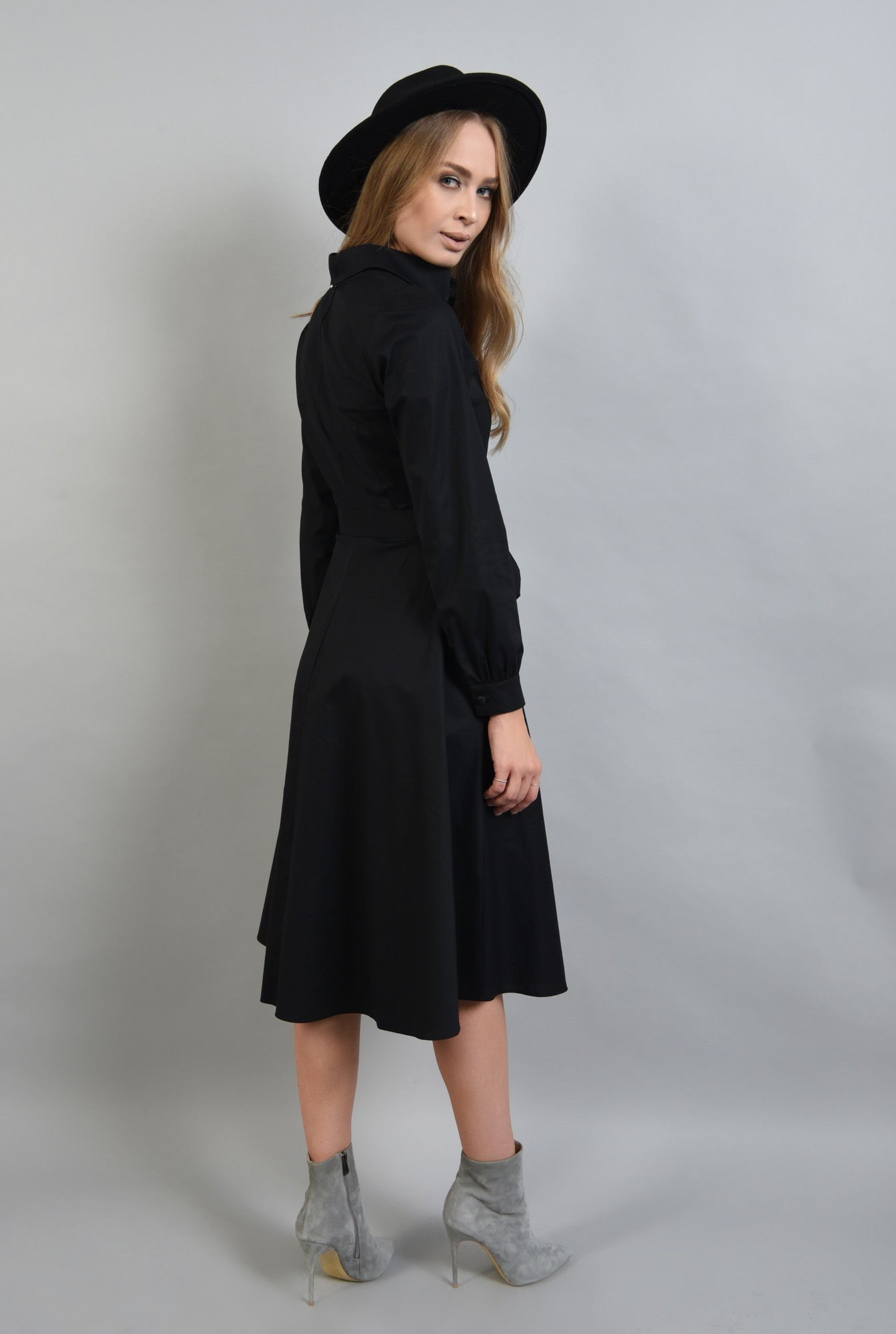 0 - rochie neagra midi, evazata, cu maneca lunga