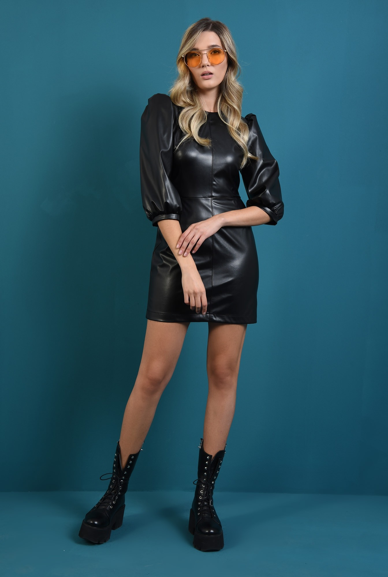 2 - rochie neagra scurta, din piele eco, cu maneca bufanta