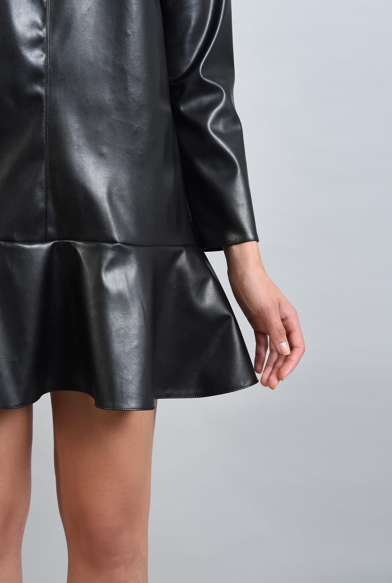 2 - rochie mini,din piele ecologica, cu volan