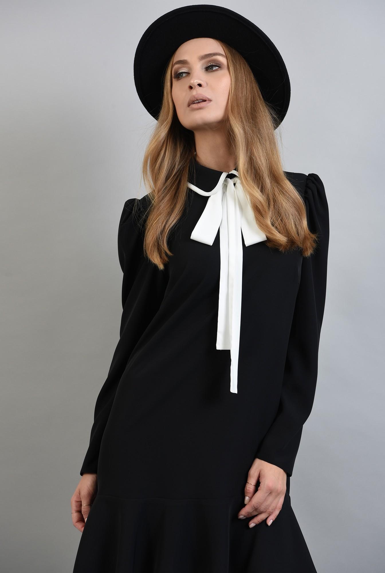 2 - rochie neagra, cu maneca lunga, cu funda alba