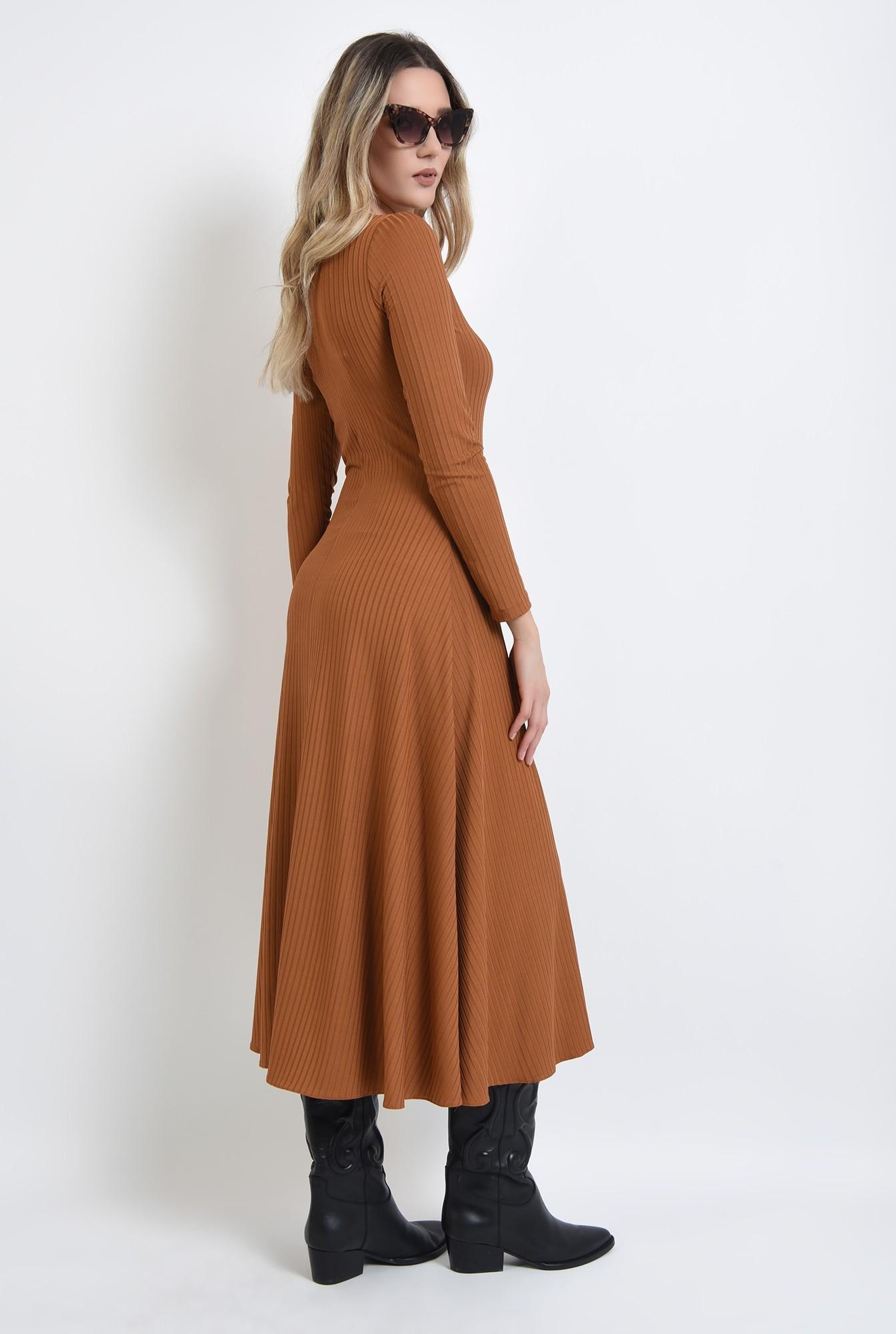1 - rochie camel, evazata, cu maneca lunga