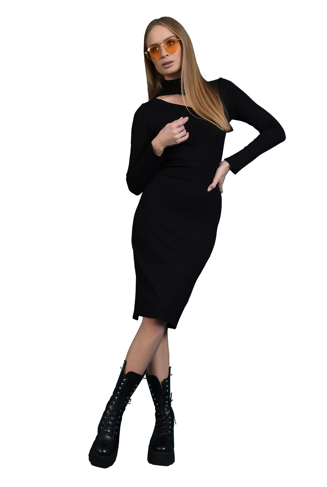 3 - rochie neagra, cu guler, cu decupaj, Poema