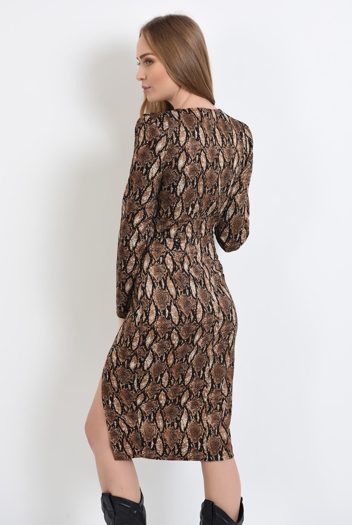 1 - rochie cu imprimeu, midi, cu umeri accentuati, cu slit