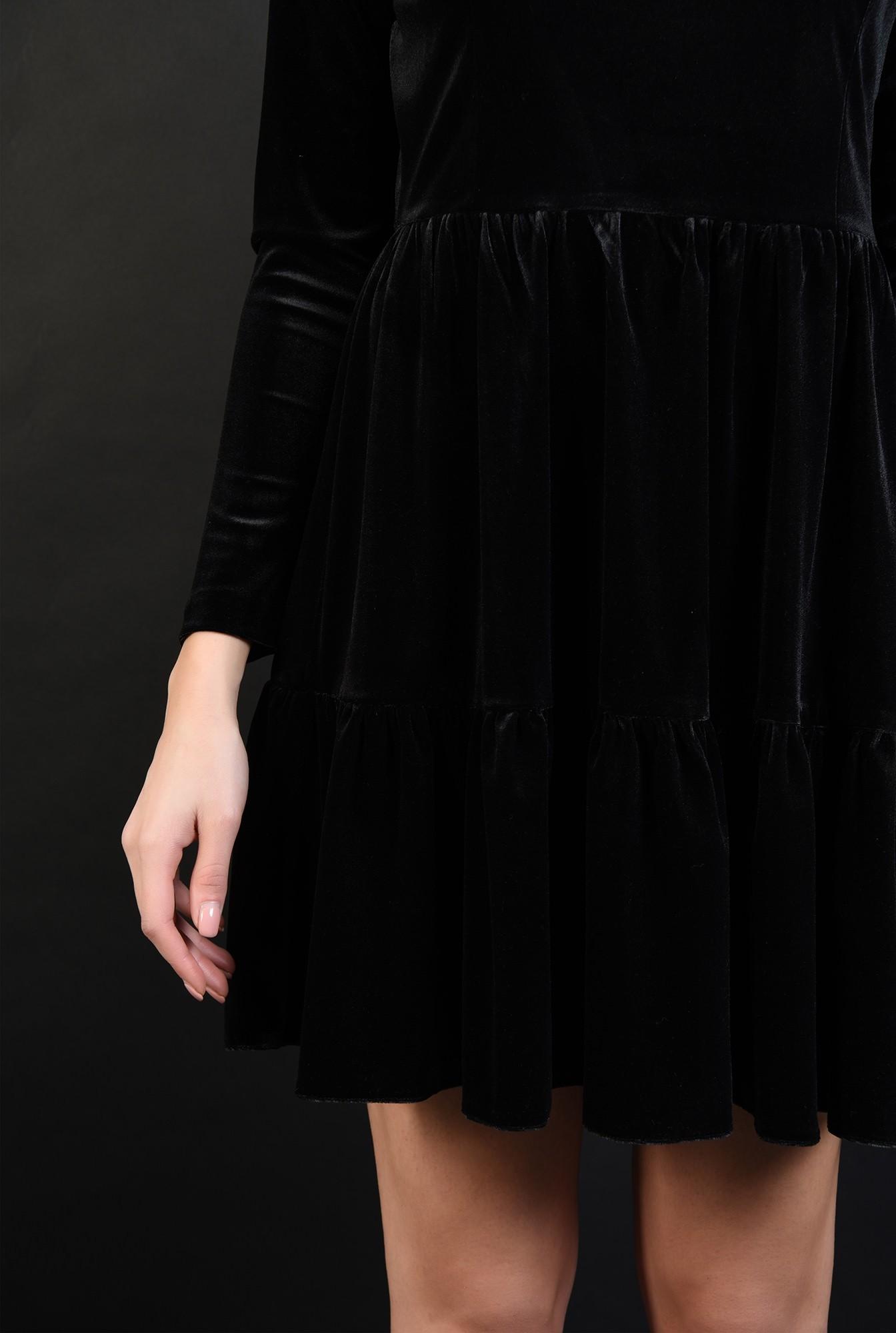 2 - 360 - rochie scurta, neagra, din catifea, cu volan