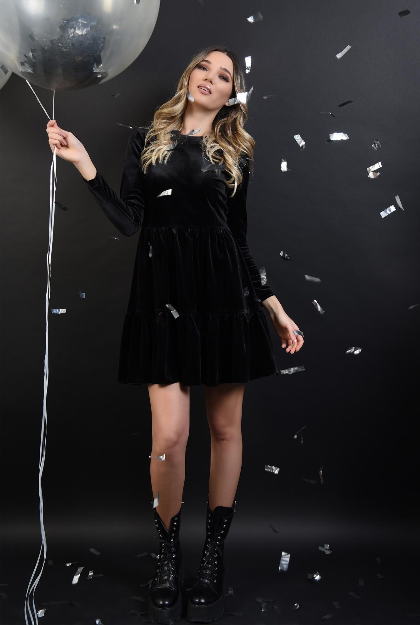 3 - 360 - rochie scurta, neagra, din catifea, cu volan