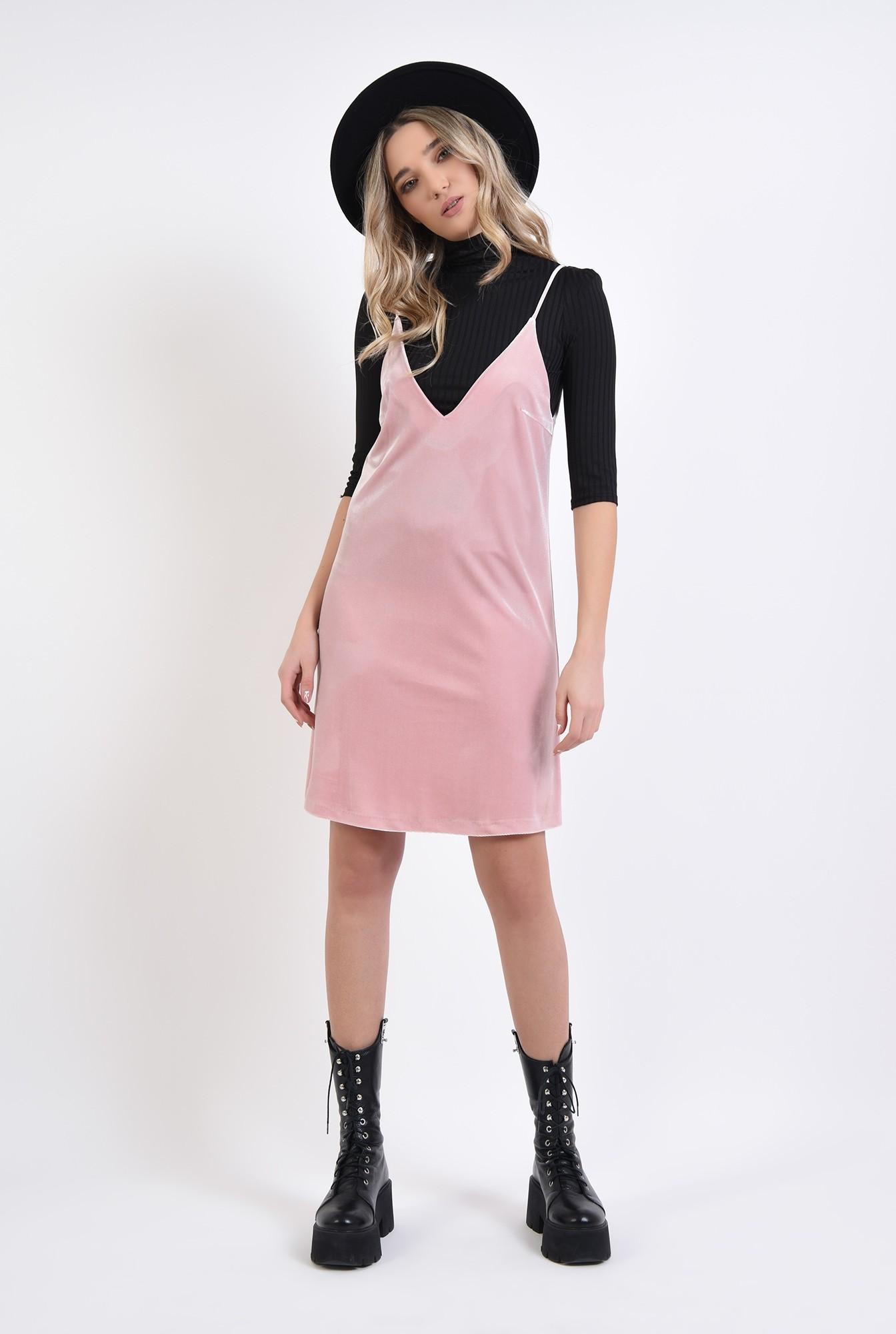 1 - rochie din catifea, roz, cu decolteu in V