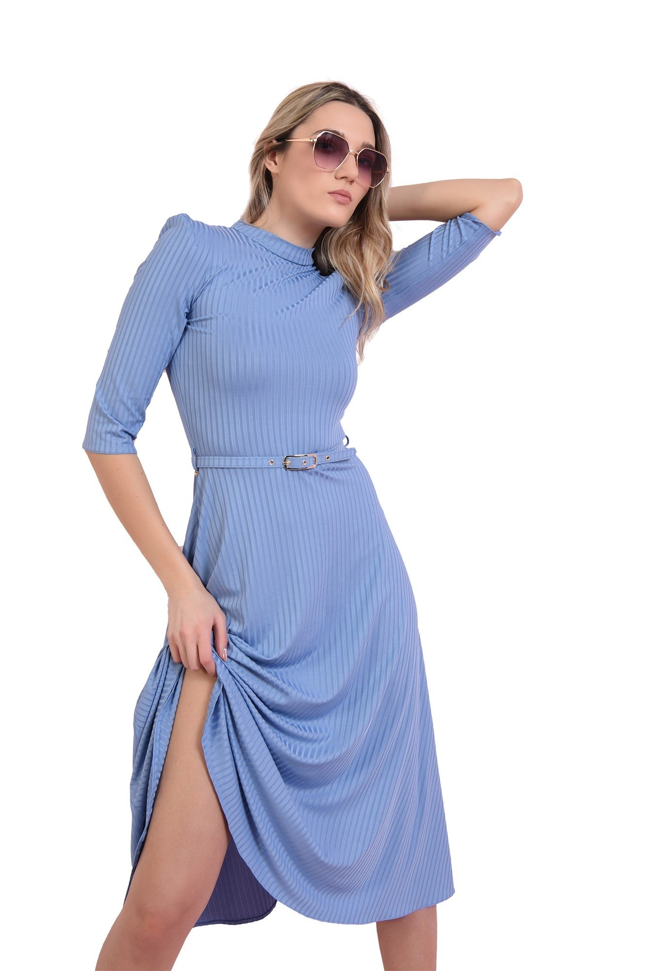 3 - rochie bleu, cu guler inalt, cu centura