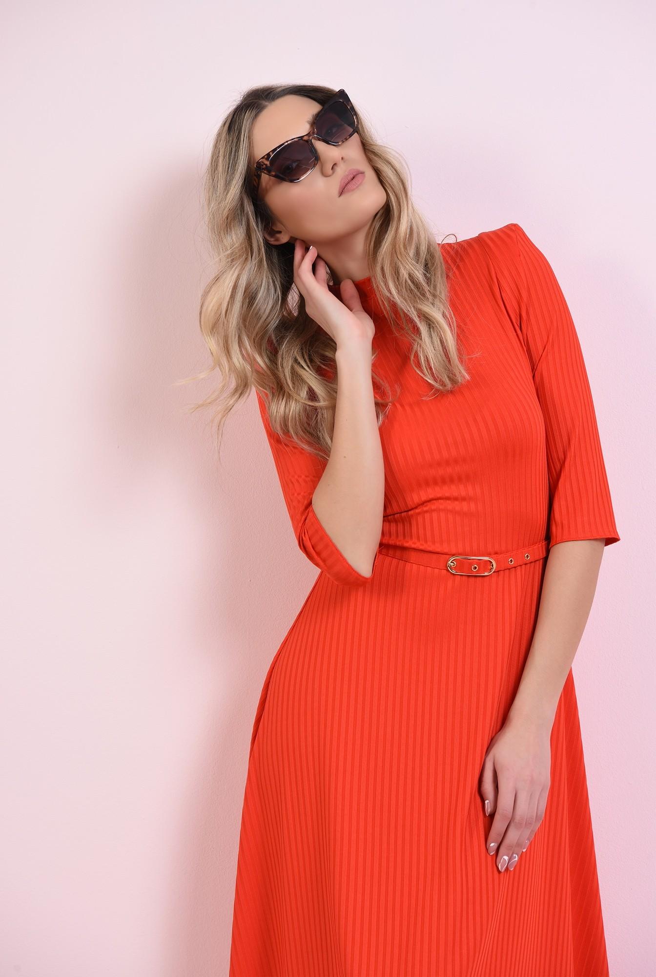 2 - rochie rosie, evazata, cu centura