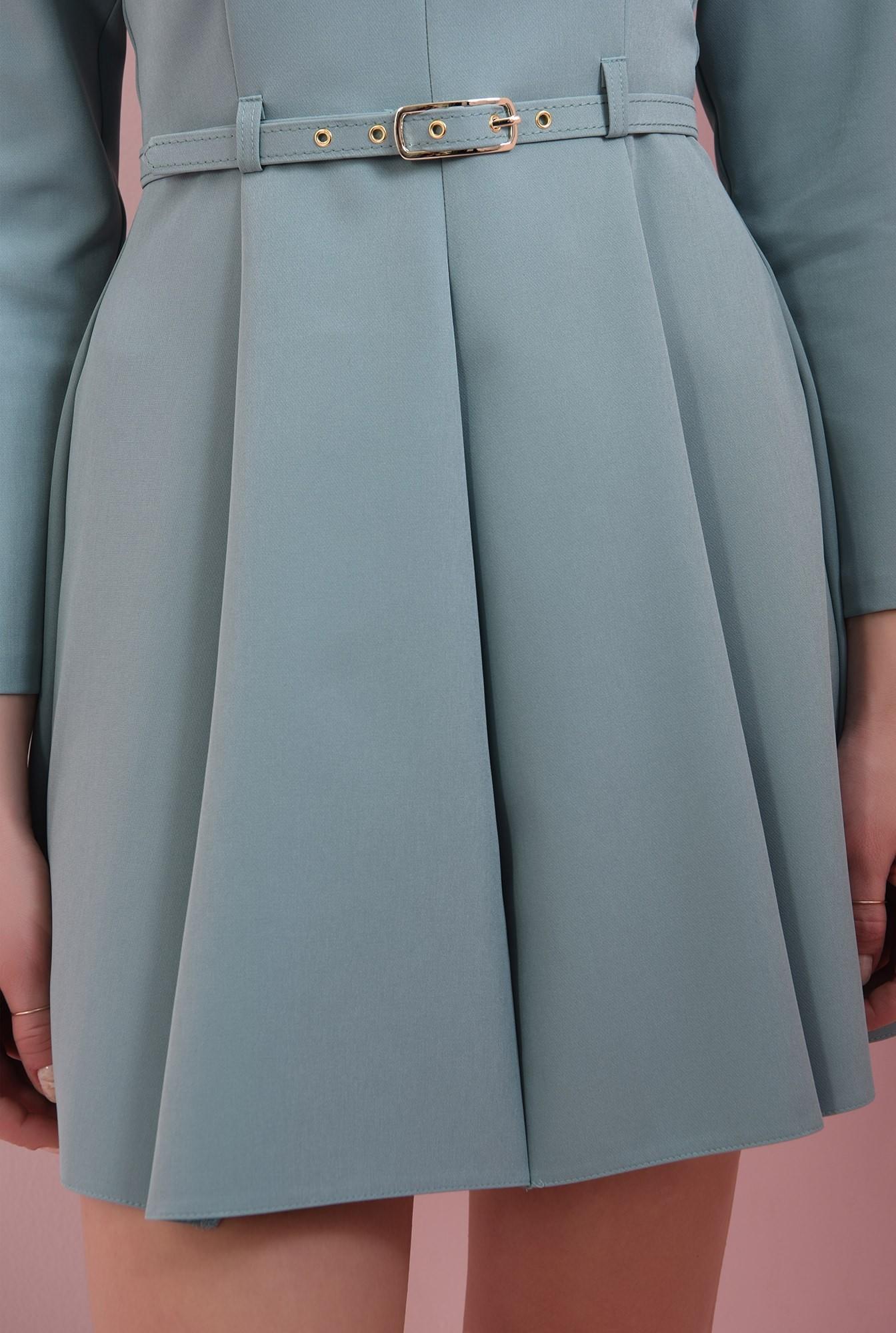 2 - rochie evazata, menta, cu umeri accentuati