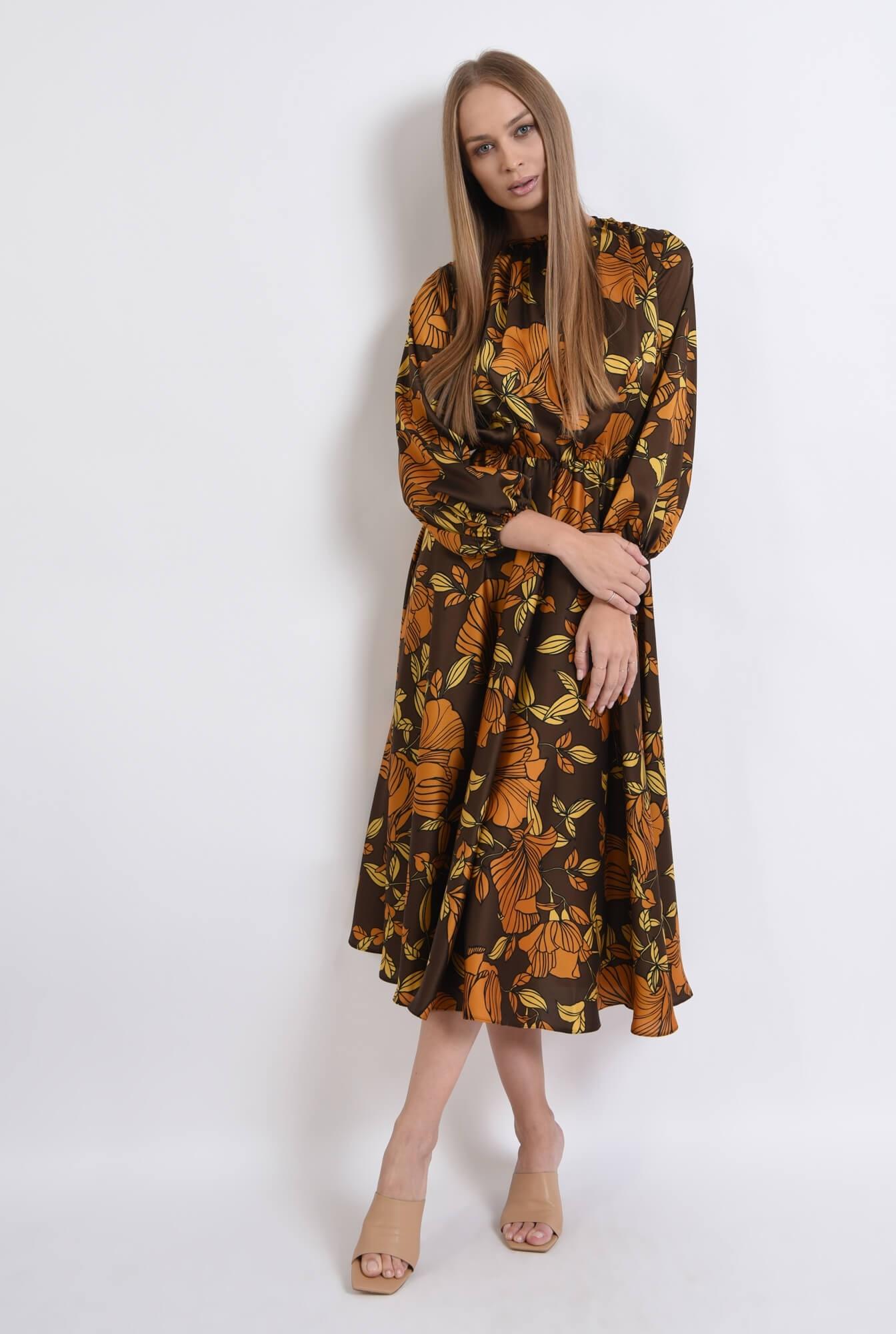 1 - rochie maro, cu motive florale