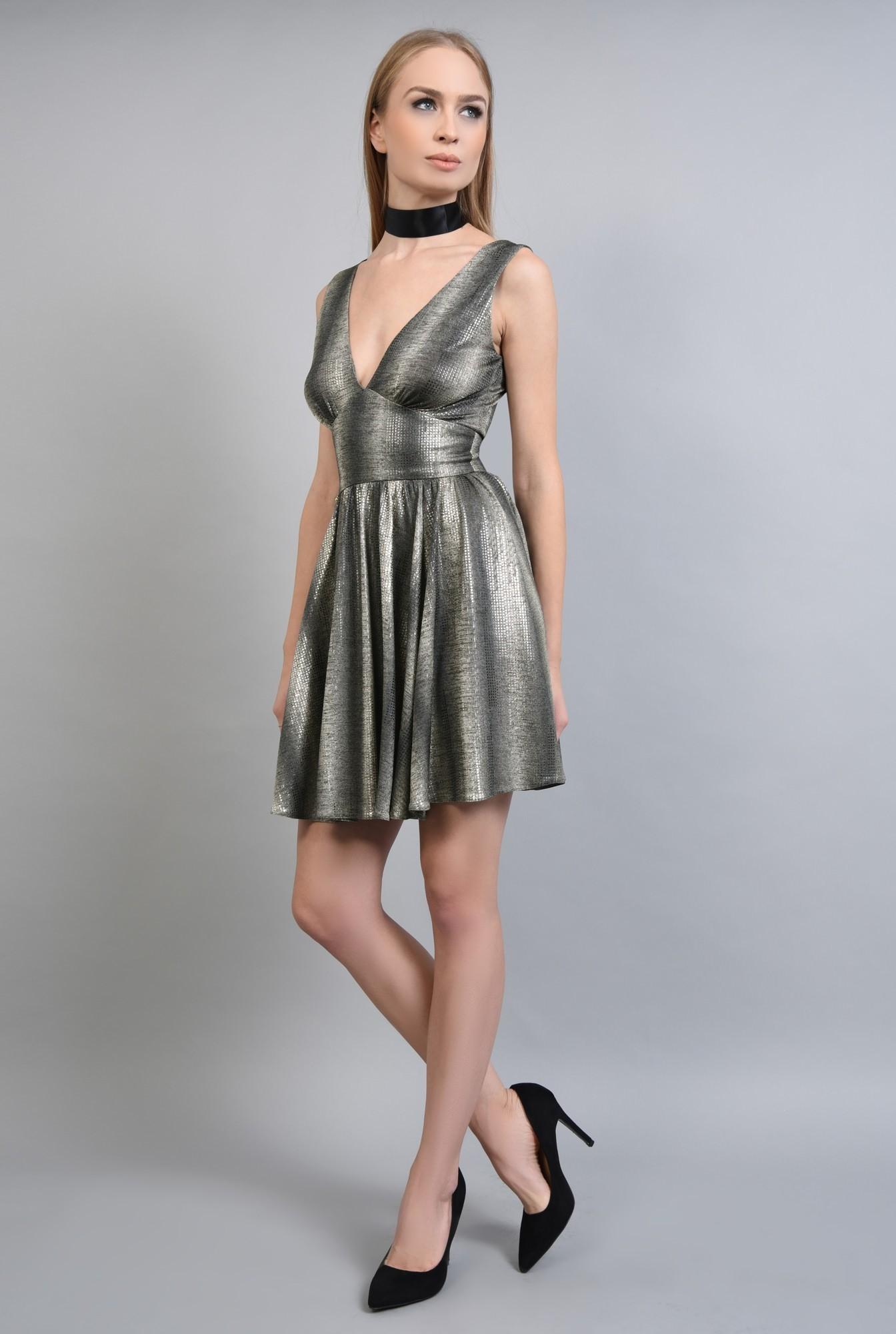 3 - Rochie eleganta scurta, auriu