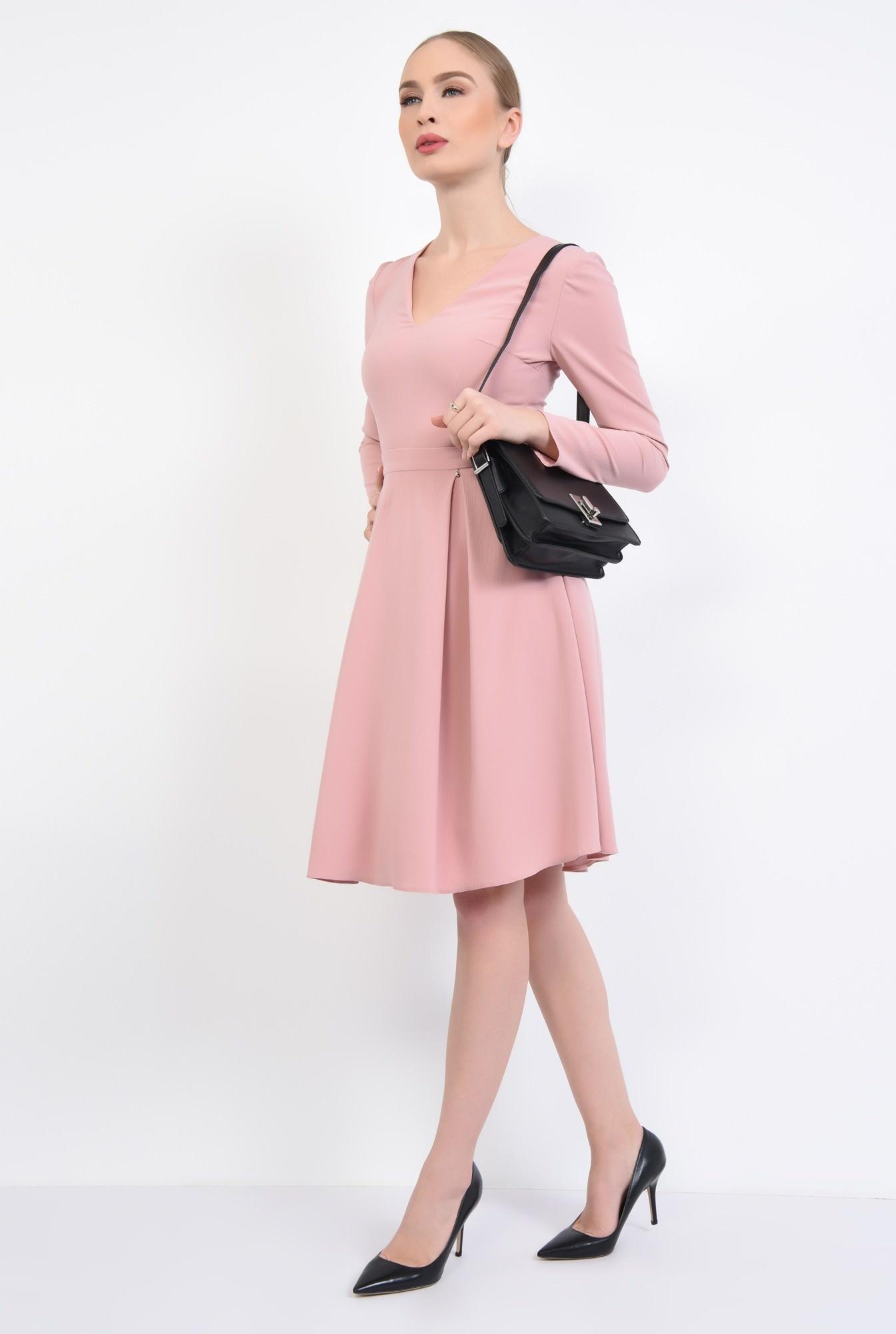 3 - Rochie de zi evazata, roz