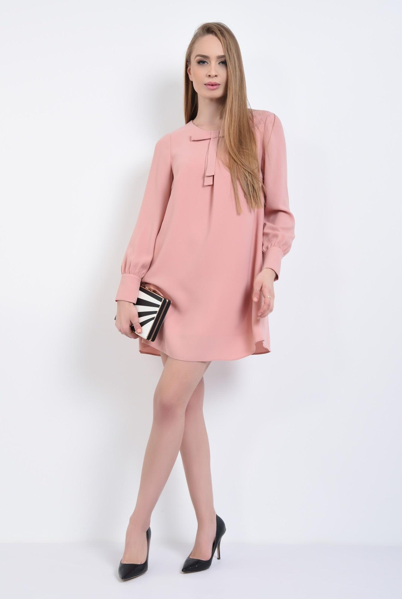 3 - Rochie de zi scurta, roz