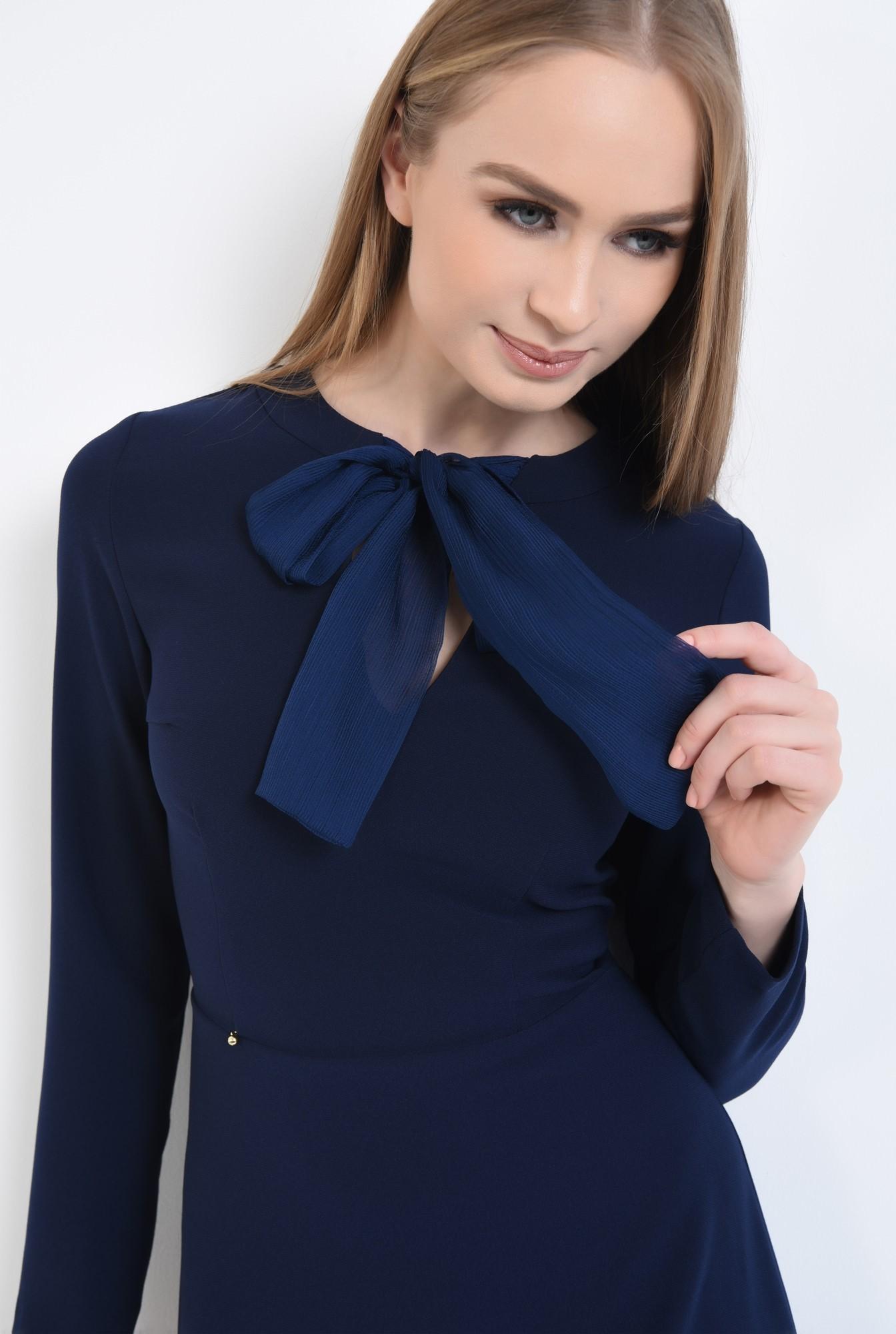 2 - rochie mini, croi A-line, talie cambrata, rochii online