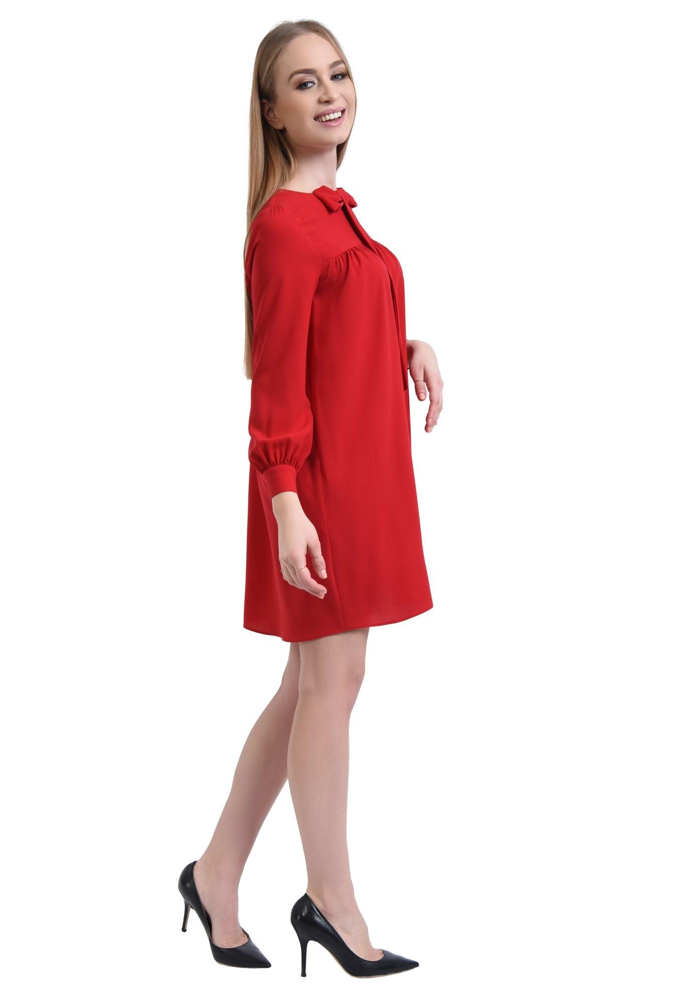 3 - 360 - rochie scurta rosie, croi evazat, tesatura fluida