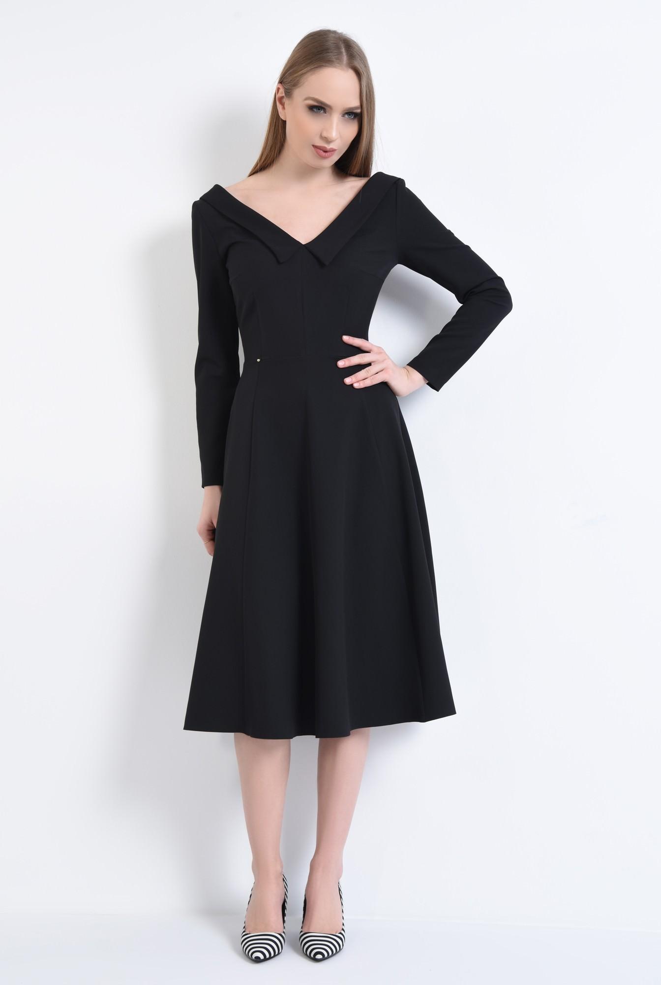 3 - Rochie eleganta, neagra