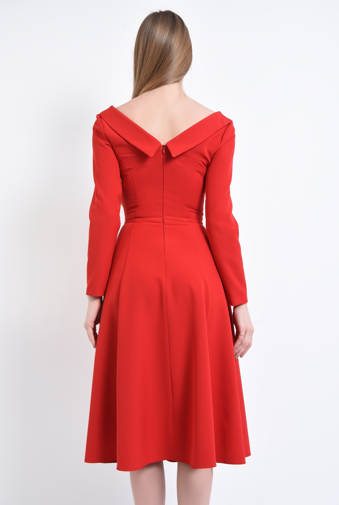 1 - Rochie de zi rosie, cloche