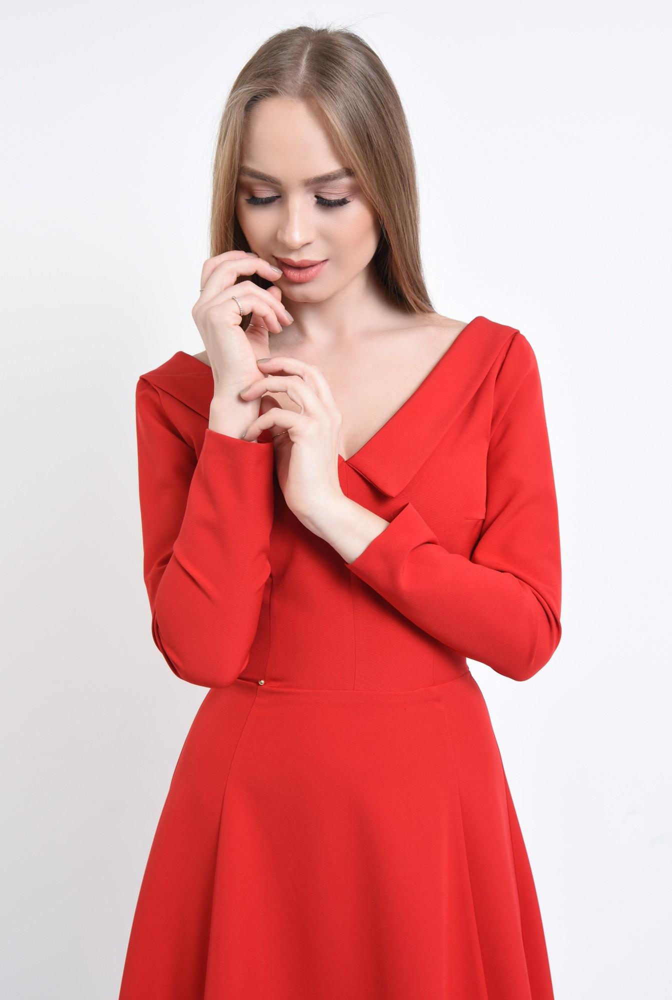 2 - Rochie de zi rosie, cloche
