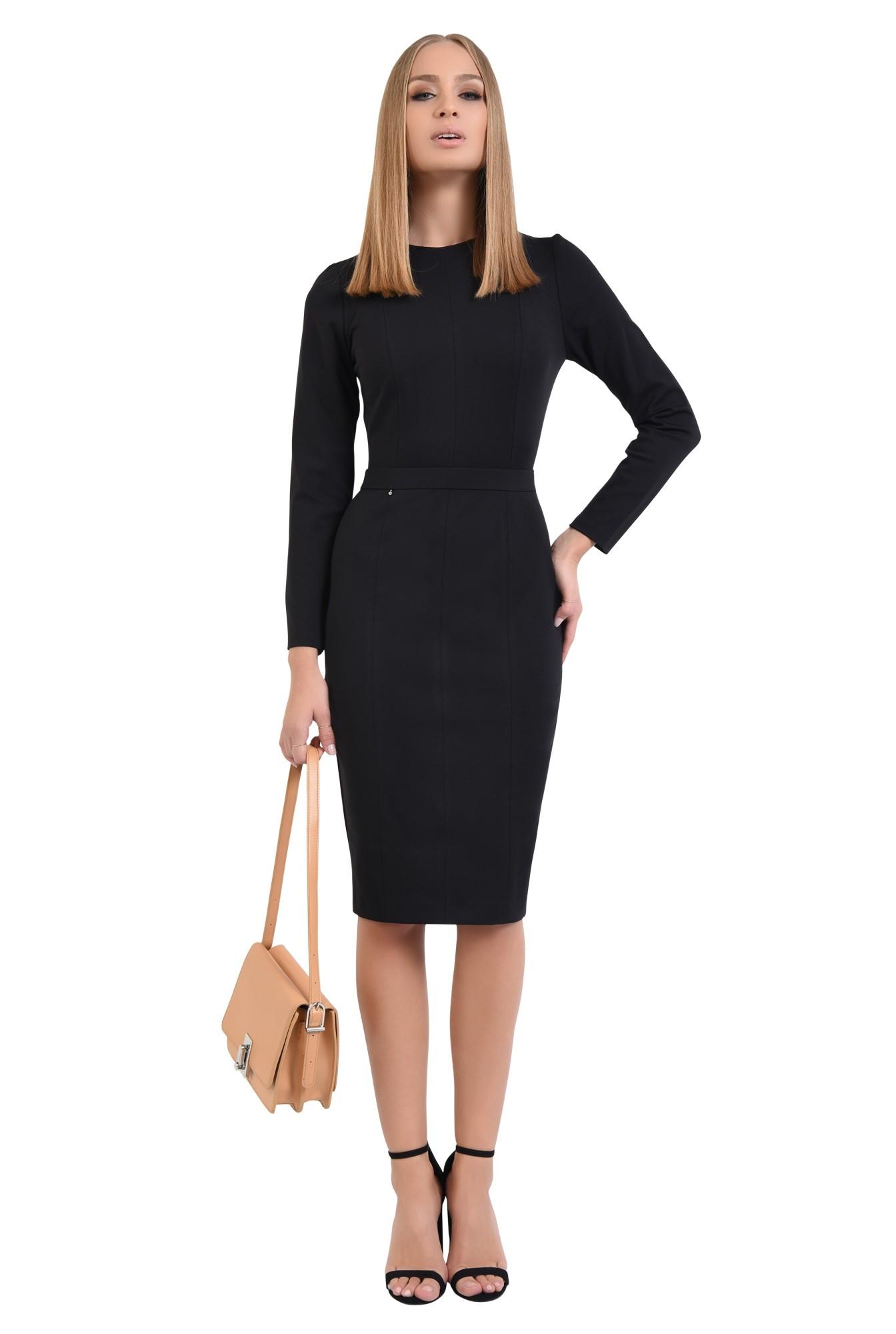 0 - 360 - rochie casual neagra, cusaturi decorative, decolteu rotund la baza gatului