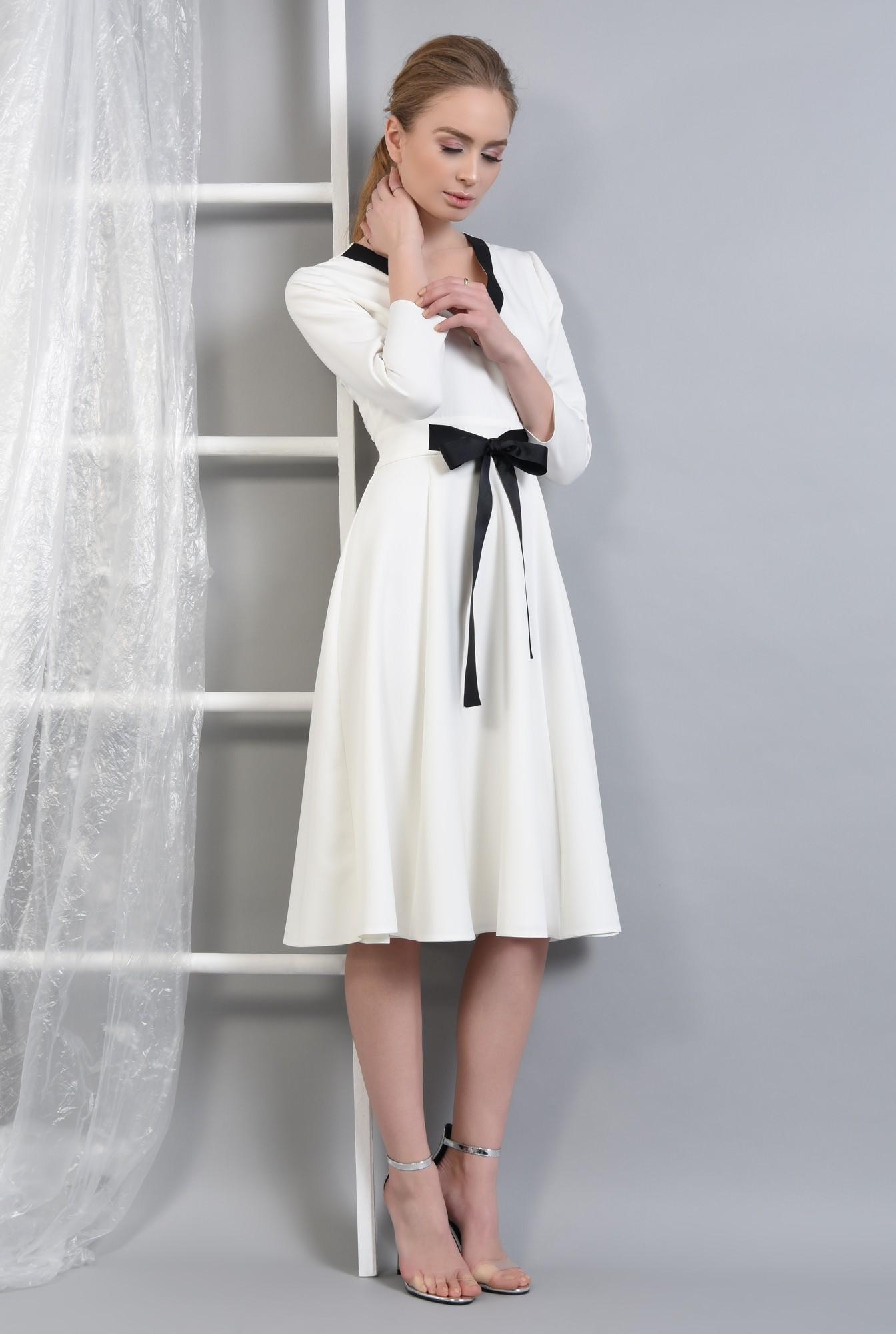 3 - Rochie eleganta, cu funda