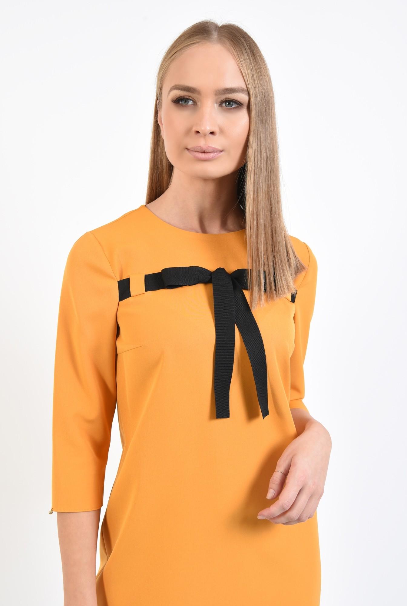 2 - 360 - rochie casual, galben mustar, croi drept lejer, maneci tubulare, rips negru, rochii online