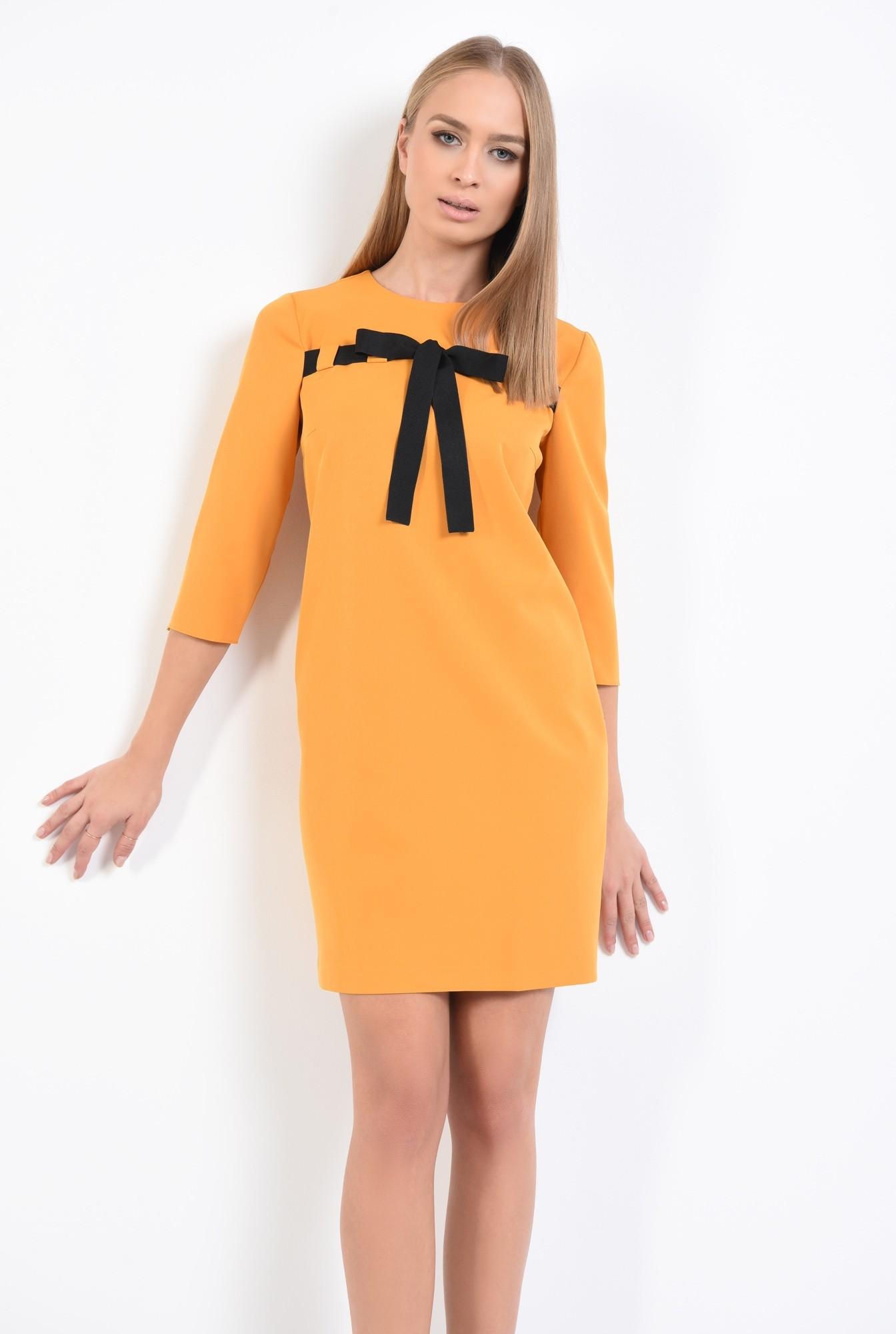 0 - 360 - rochie casual, galben mustar, croi drept lejer, maneci tubulare, rips negru, rochii online