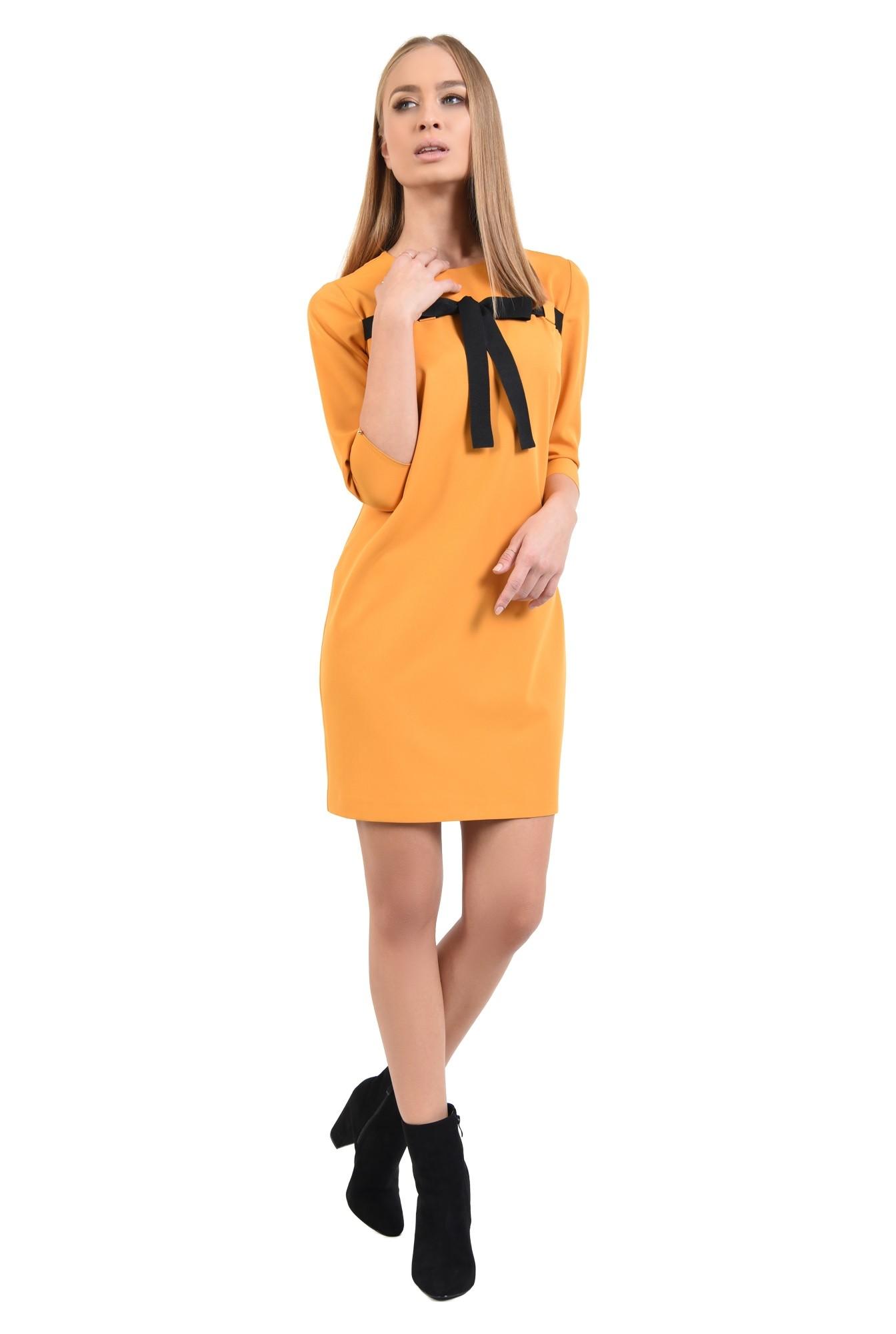 3 - 360 - rochie casual, galben mustar, croi drept lejer, maneci tubulare, rips negru, rochii online