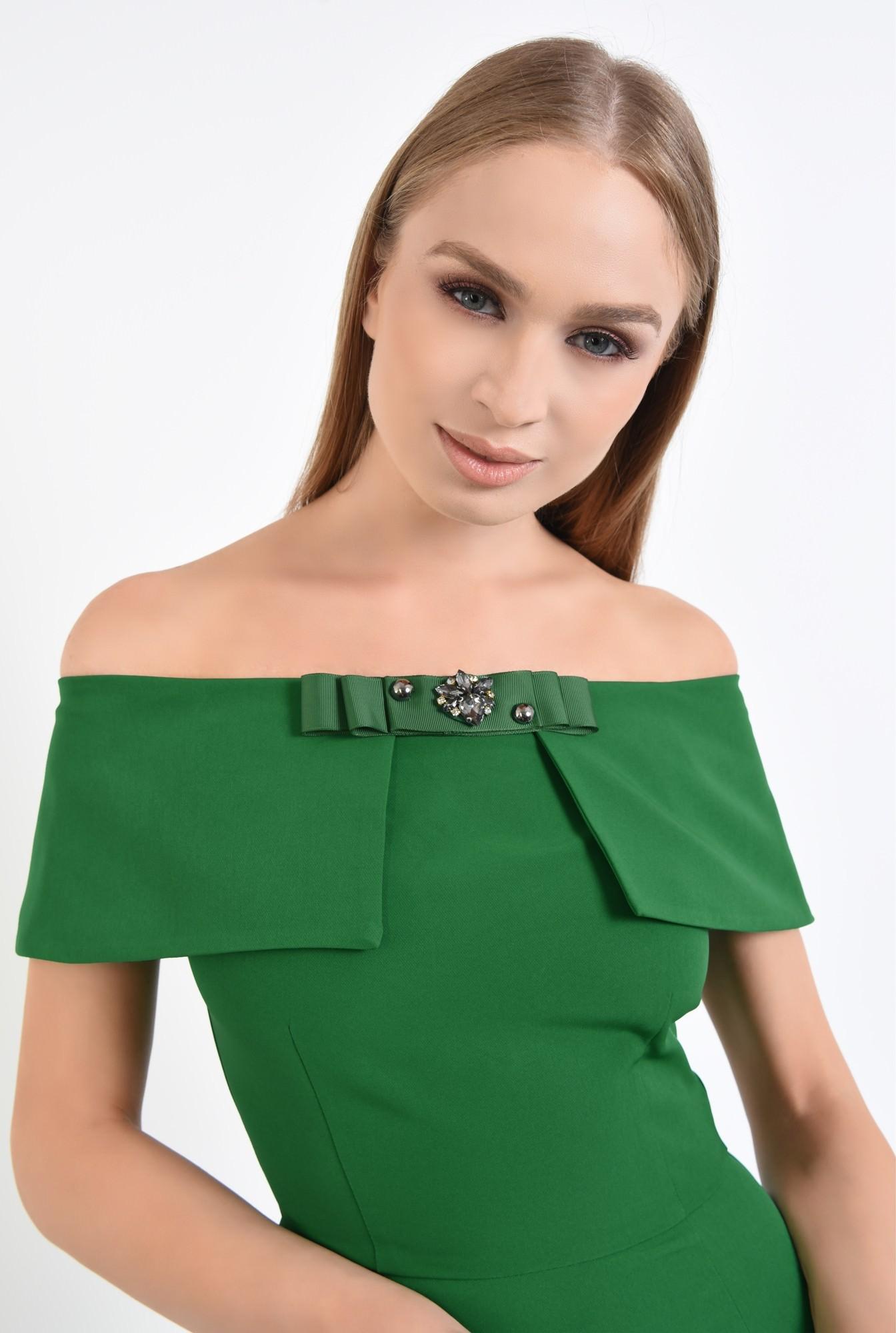2 - rochie eleganta, conica, funda, brosa