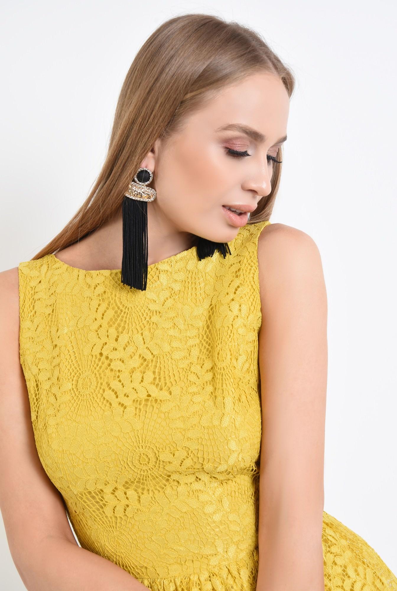 2 - 360 - rochie de seara, dantela galbena, cloche, rochii online