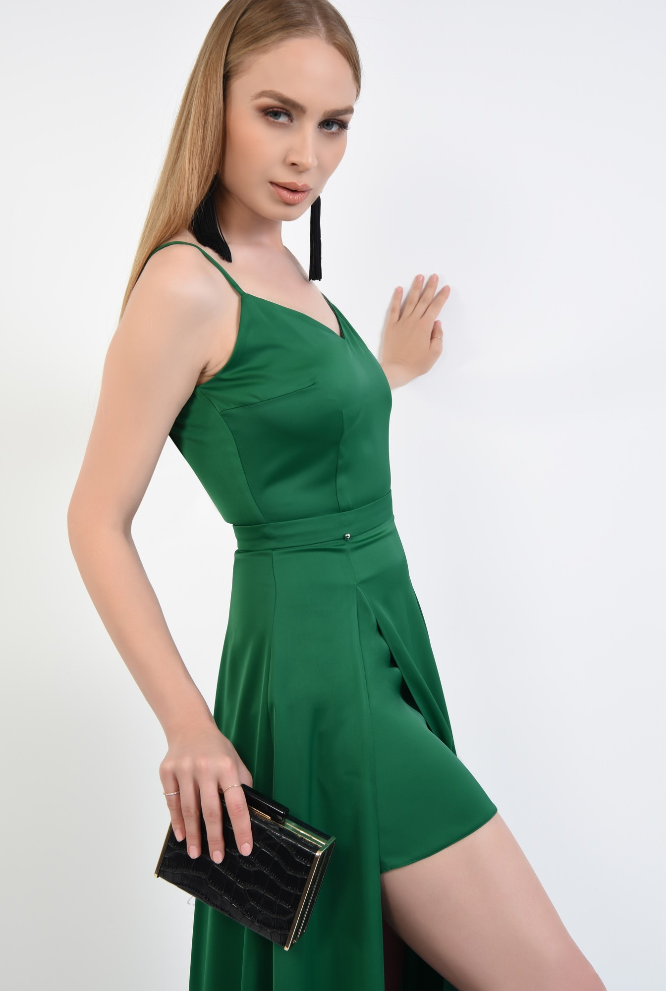 2 - rochie de seara, slit adanc, verde, smarald, bretele subtiri