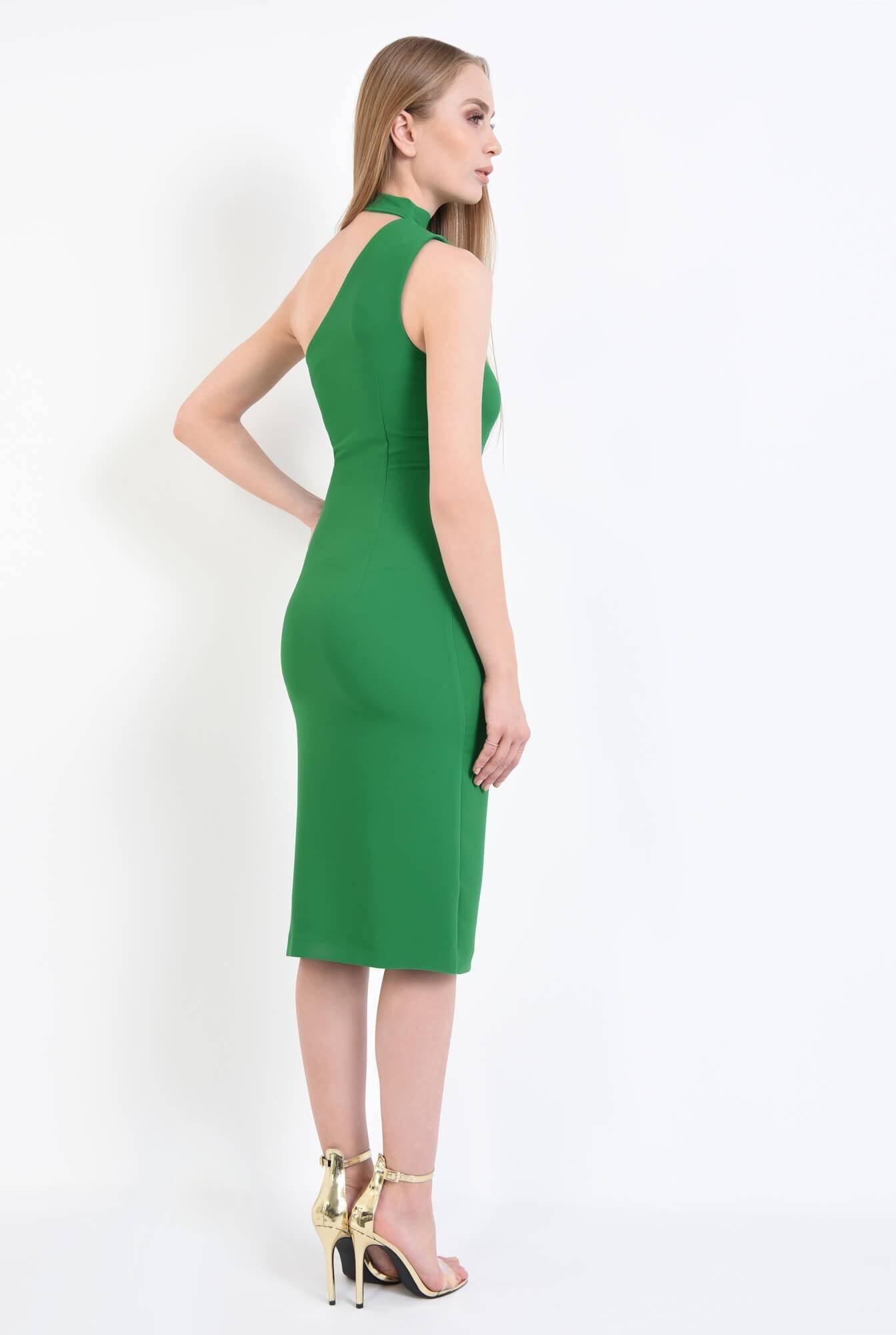 1 - Rochie verde, eleganta, cu umar gol