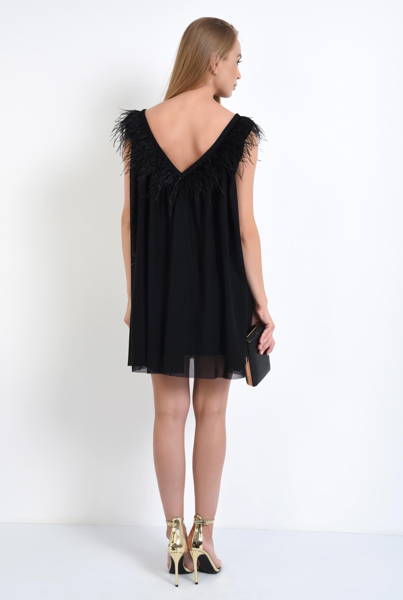 1 - 360 - rochie de seara scurta, tul negru, decolteu cu pene