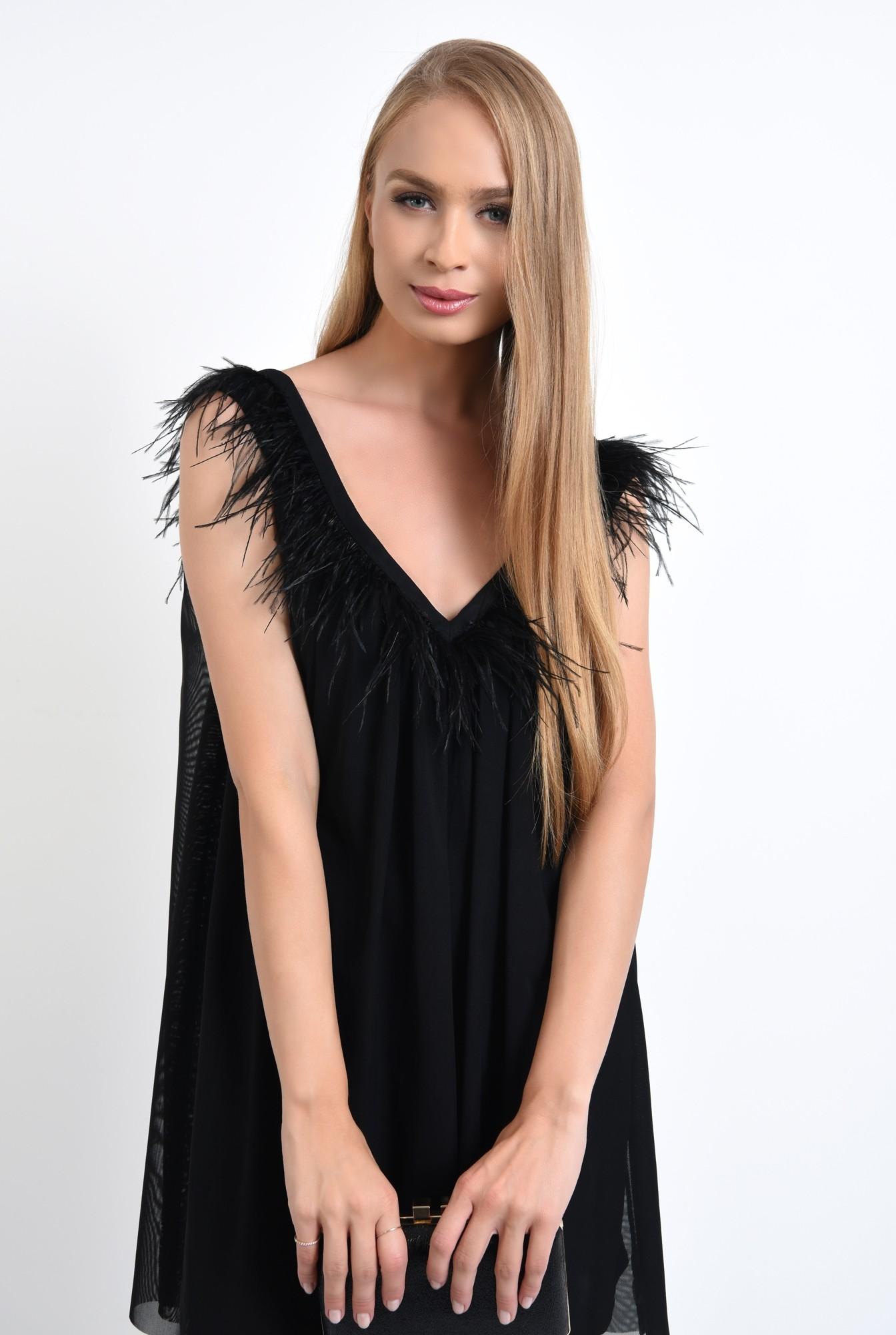 0 - 360 - rochie de seara scurta, tul negru, decolteu cu pene