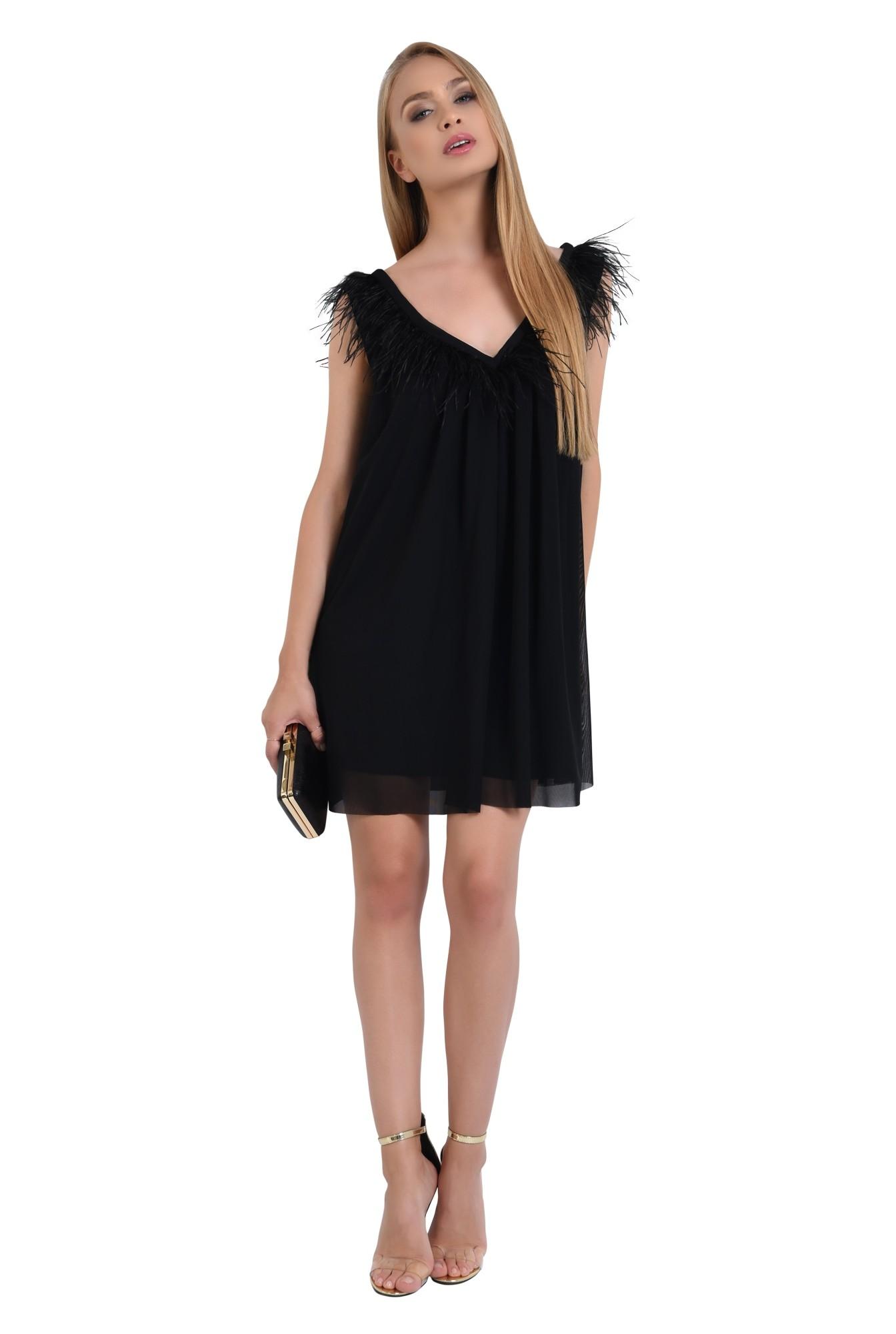 3 - 360 - rochie de seara scurta, tul negru, decolteu cu pene