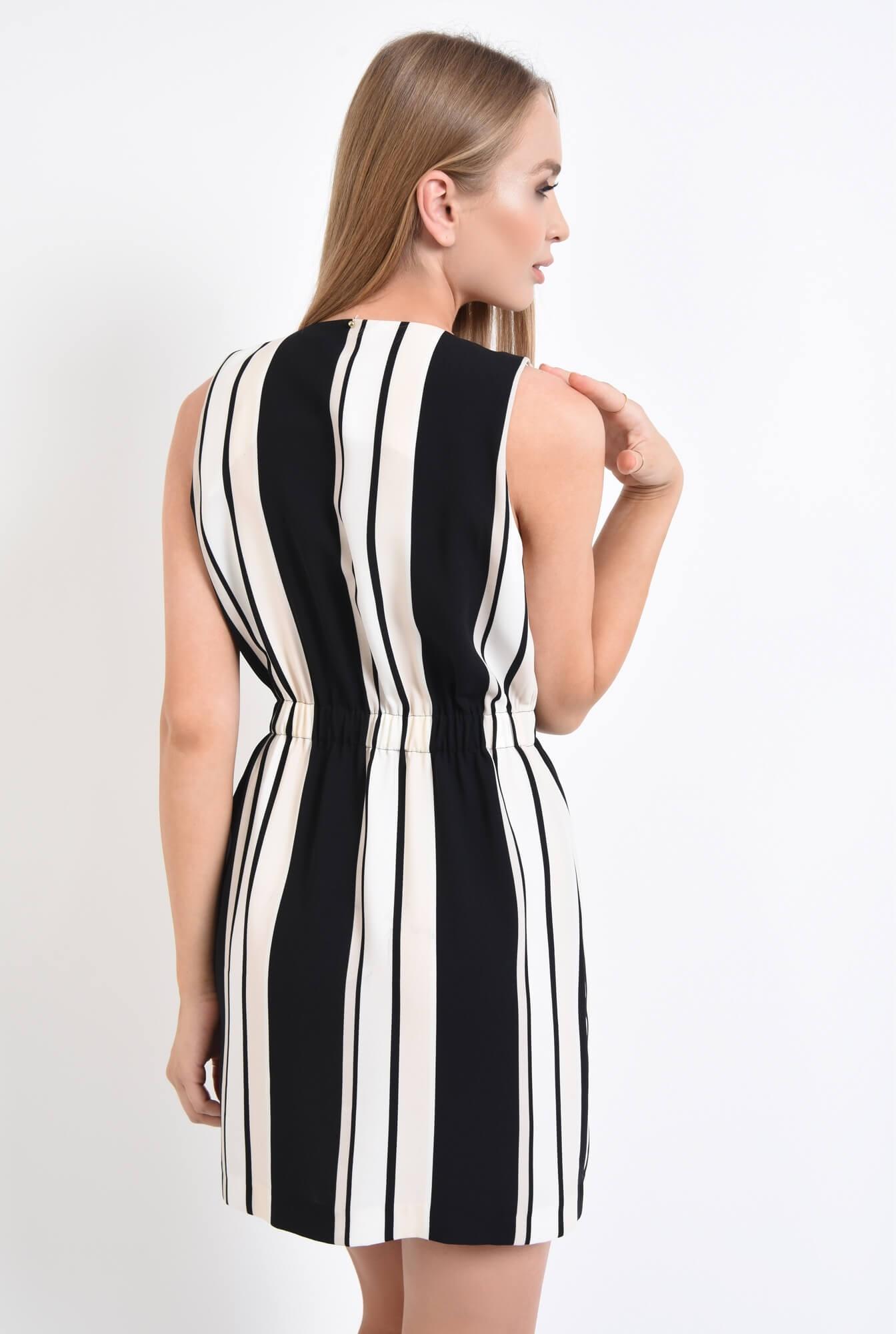 1 - rochie eleganta, cu imprimeu, dungi, alb-negru, scurta, rochie de ocazie