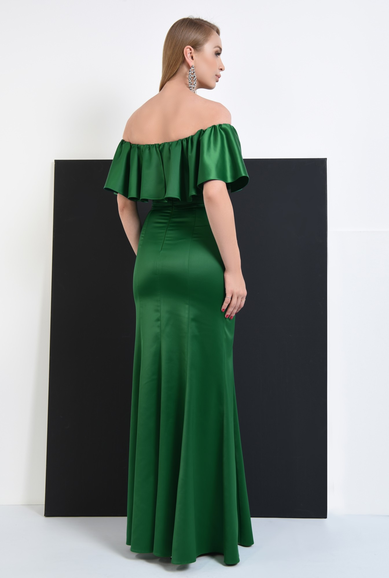 0 - rochie de seara smarald, slit adanc, umeri dezgoliti, maxi