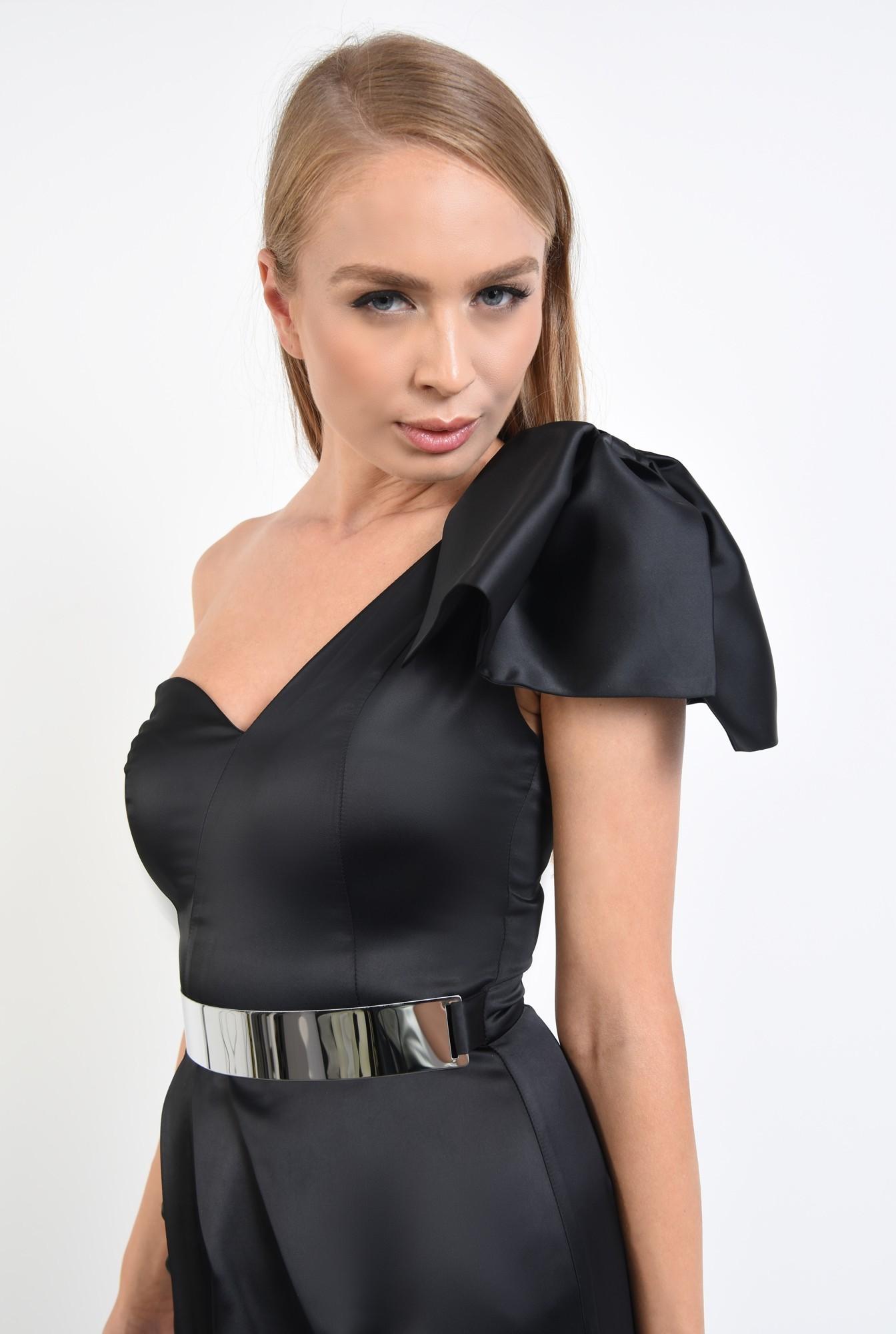 2 - rochie eleganta, mini, satin, centura metalica, decolteu