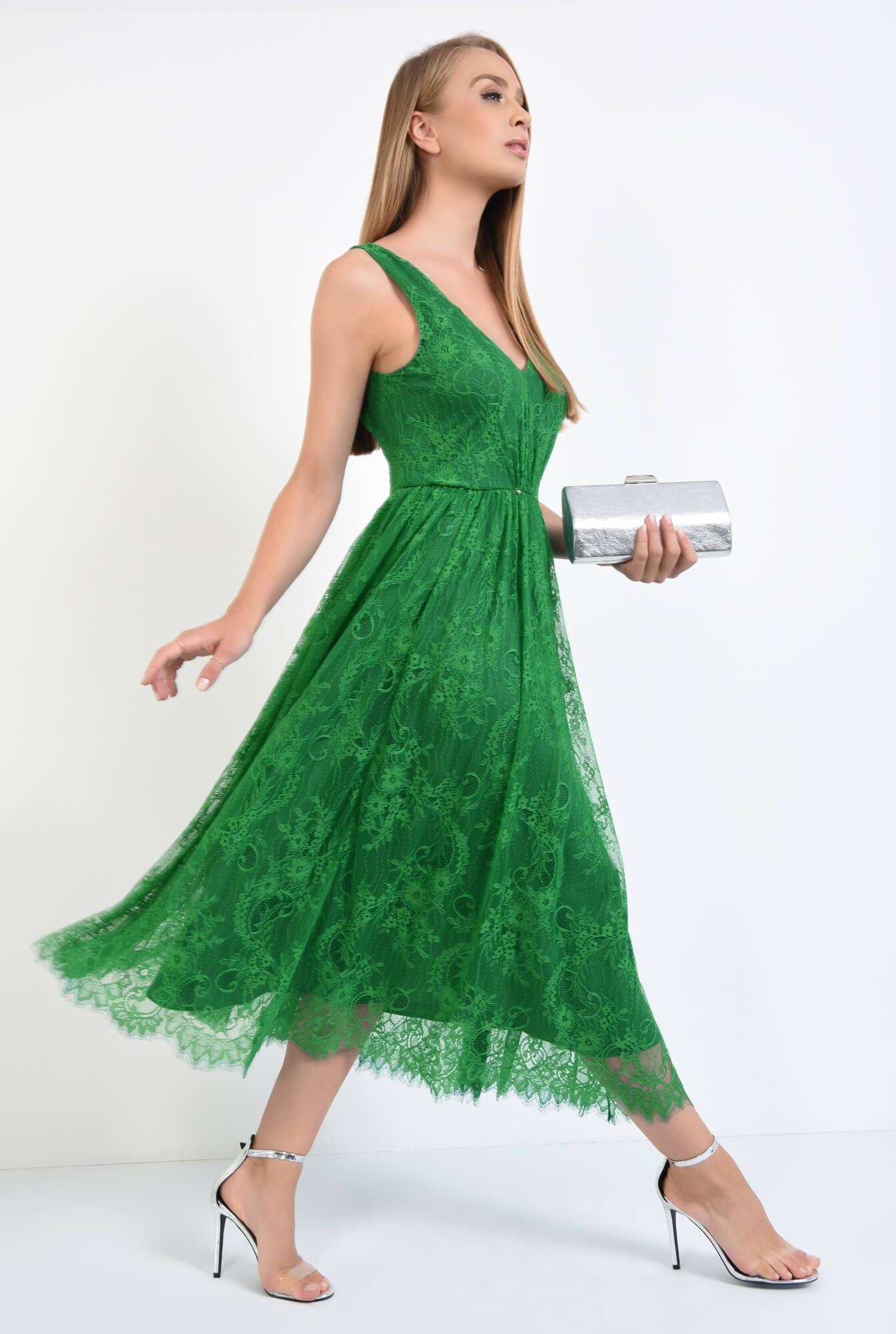 3 - rochie de seara, dantela, verde, midi, decolteu in V