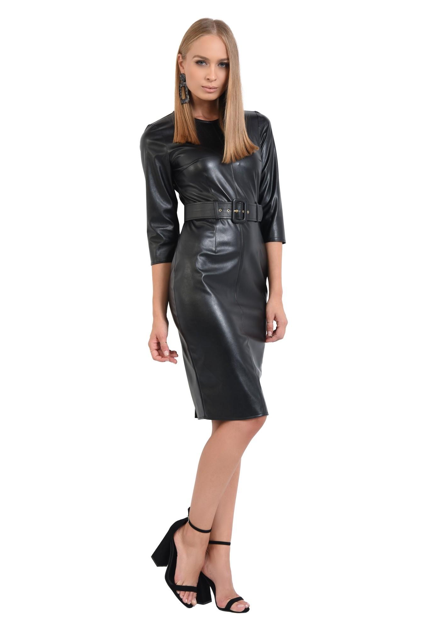 0 - rochie de toamna, neagra, croi conic, cu centura